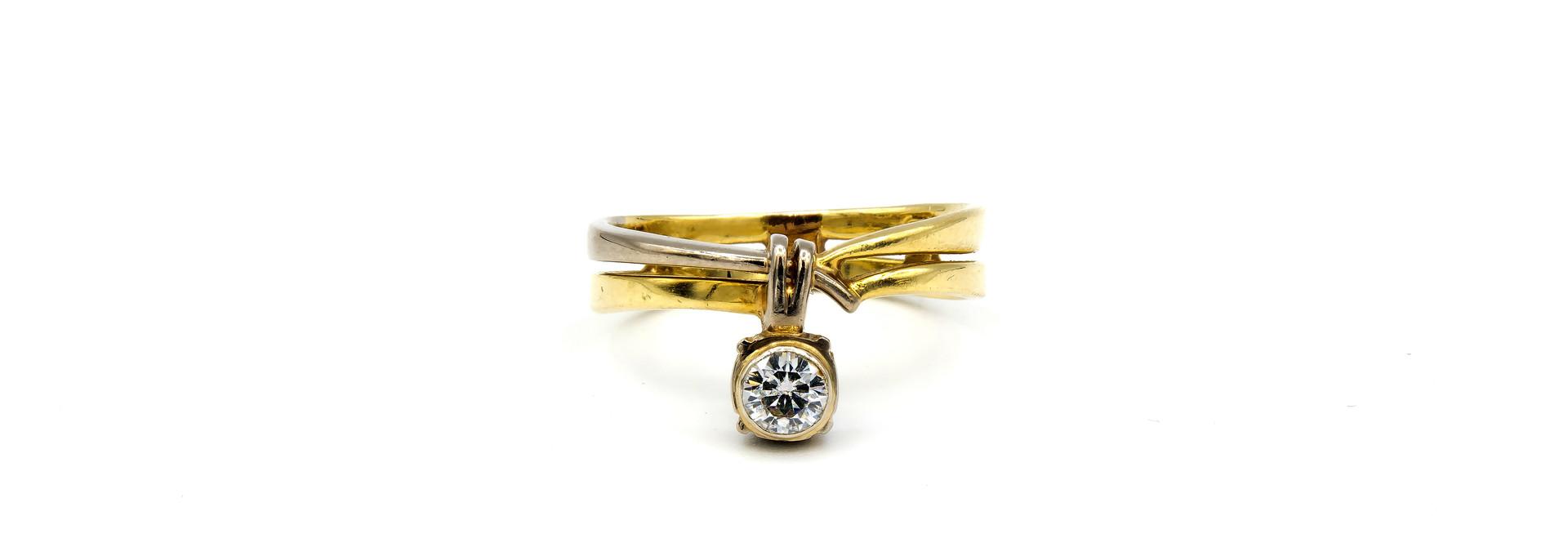 Ring verlovingsring bicolor dubbele rand met zirkonia aan de zijkant bicolor