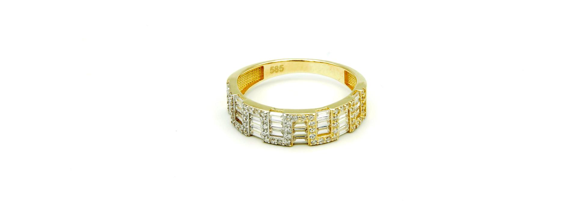 Ring met kantelen en langwerpige zirkonia's bicolor