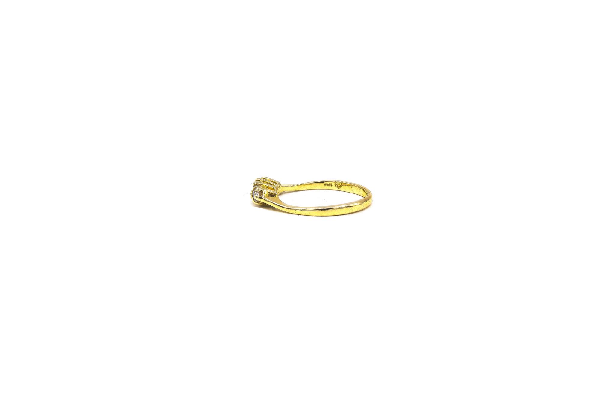 Ring met 4 zirkonia's ingezet-5