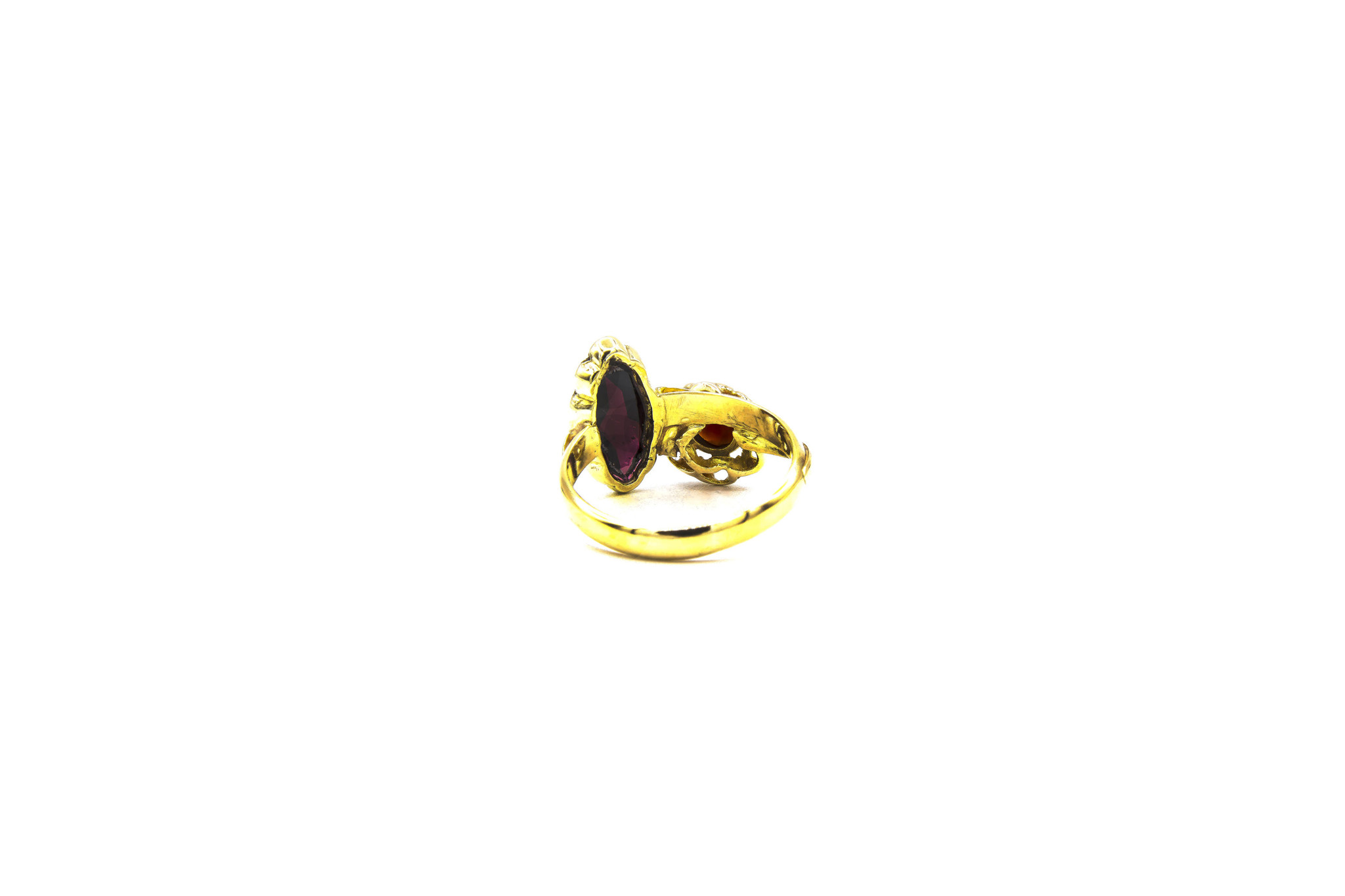 Ring samengesteld van 2 exemplaren met 2 donkerrode stenen-5