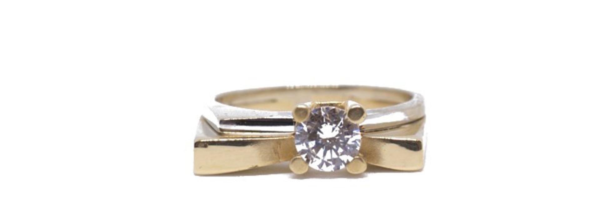 Ring bicolor met grote steen