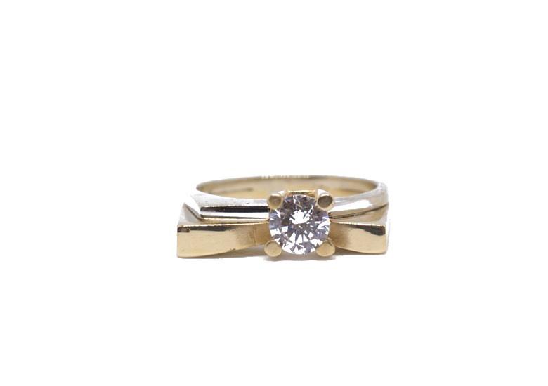 Ring bicolor met grote steen-1