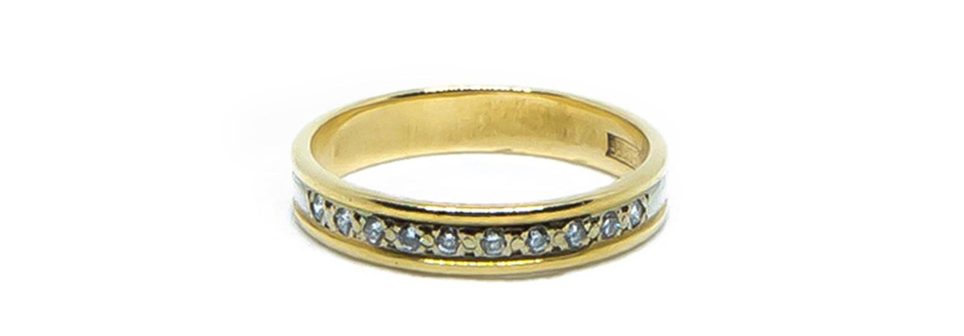 Ring bicolor met diamantjes