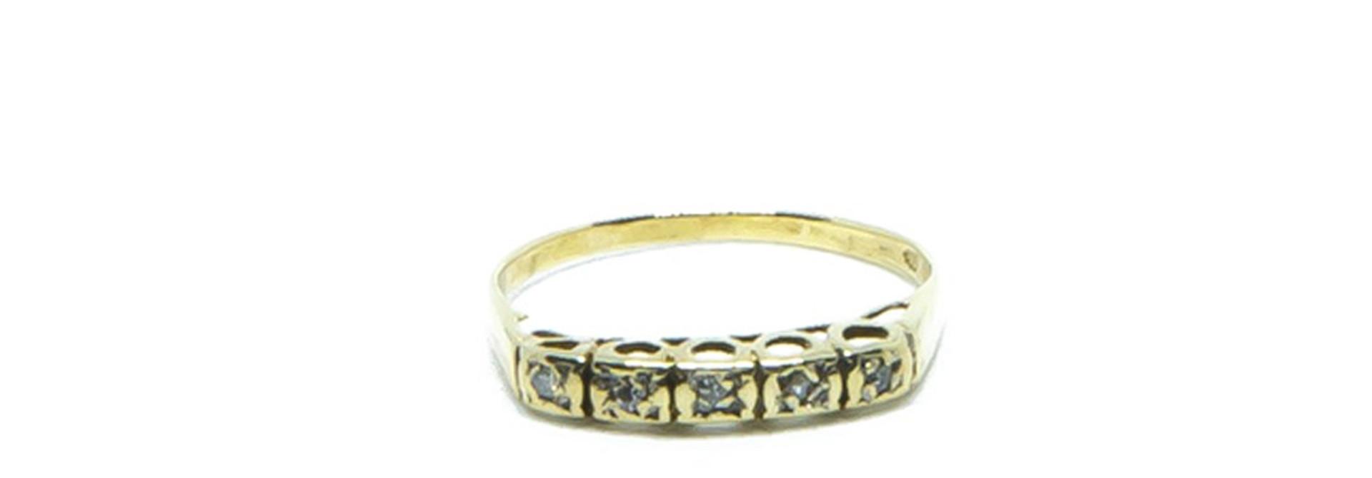 Ring met 5 diamantjes
