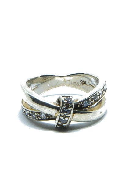 """""""Lian"""" ring"""