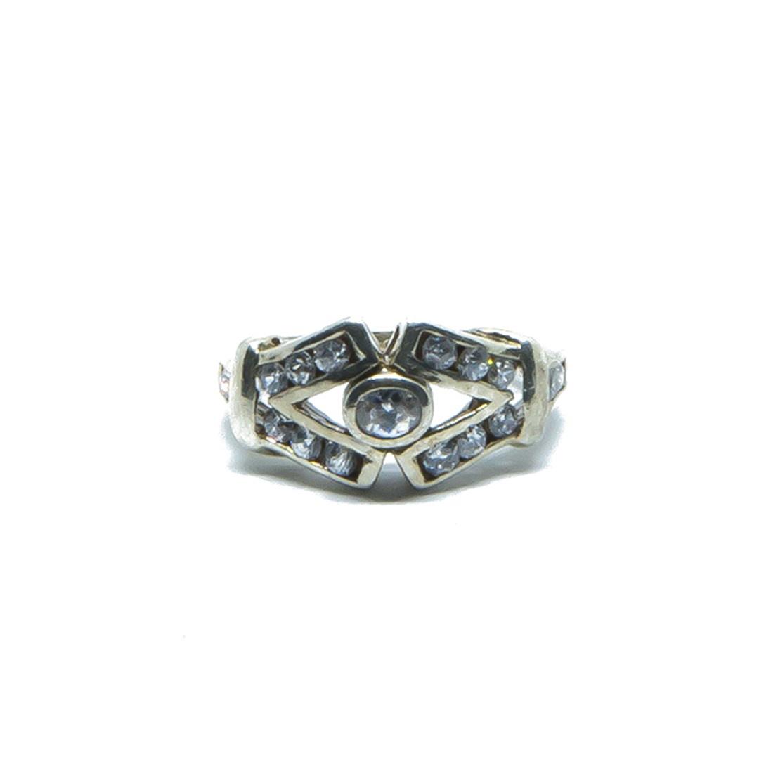 Ring V vorm met witte steentjes-1