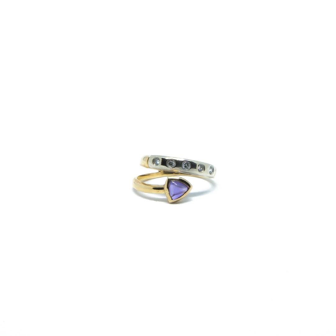 Ring bicolor met paars steentje en 5 diamantjes-1