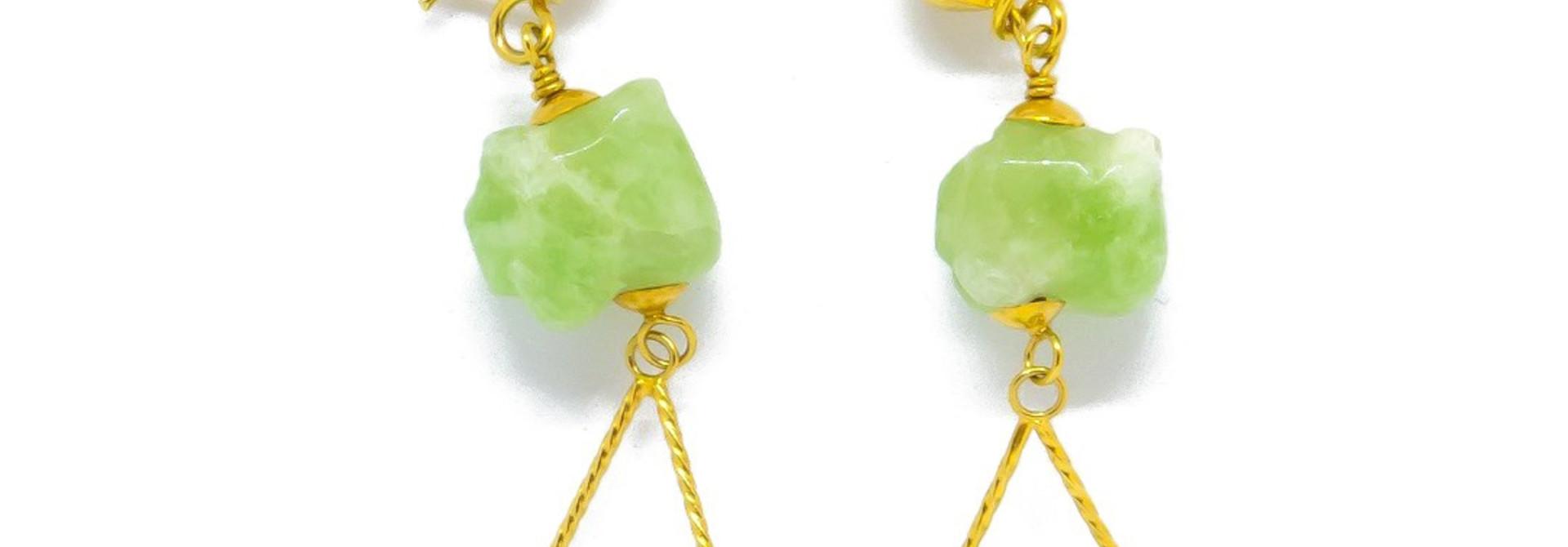 Oorbellen met jade stenen