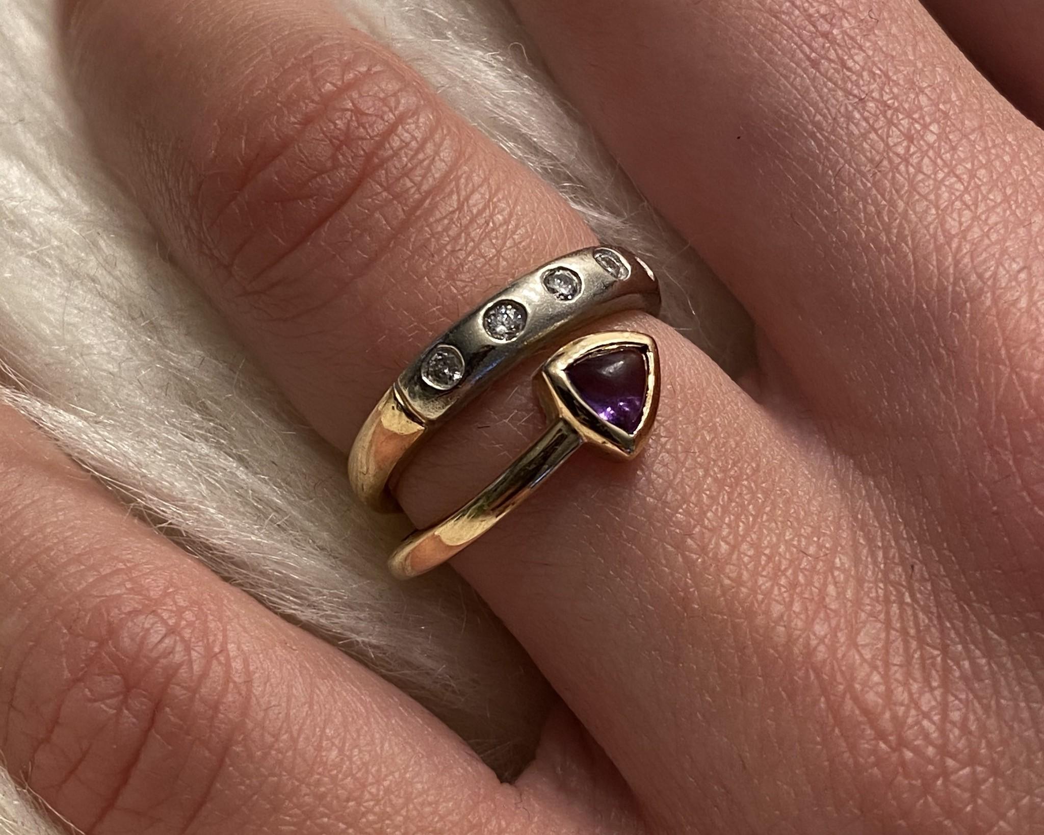 Ring bicolor met paars steentje en 5 diamantjes-2
