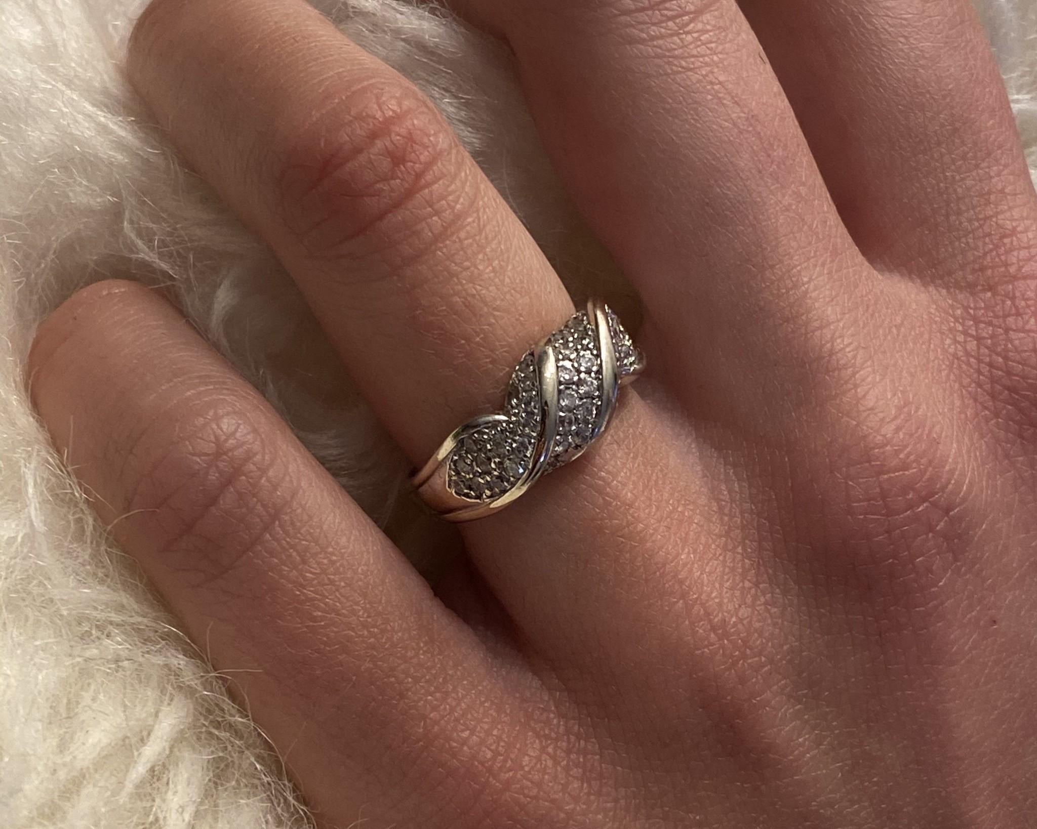 Ring witgoud met witte steentjes-2