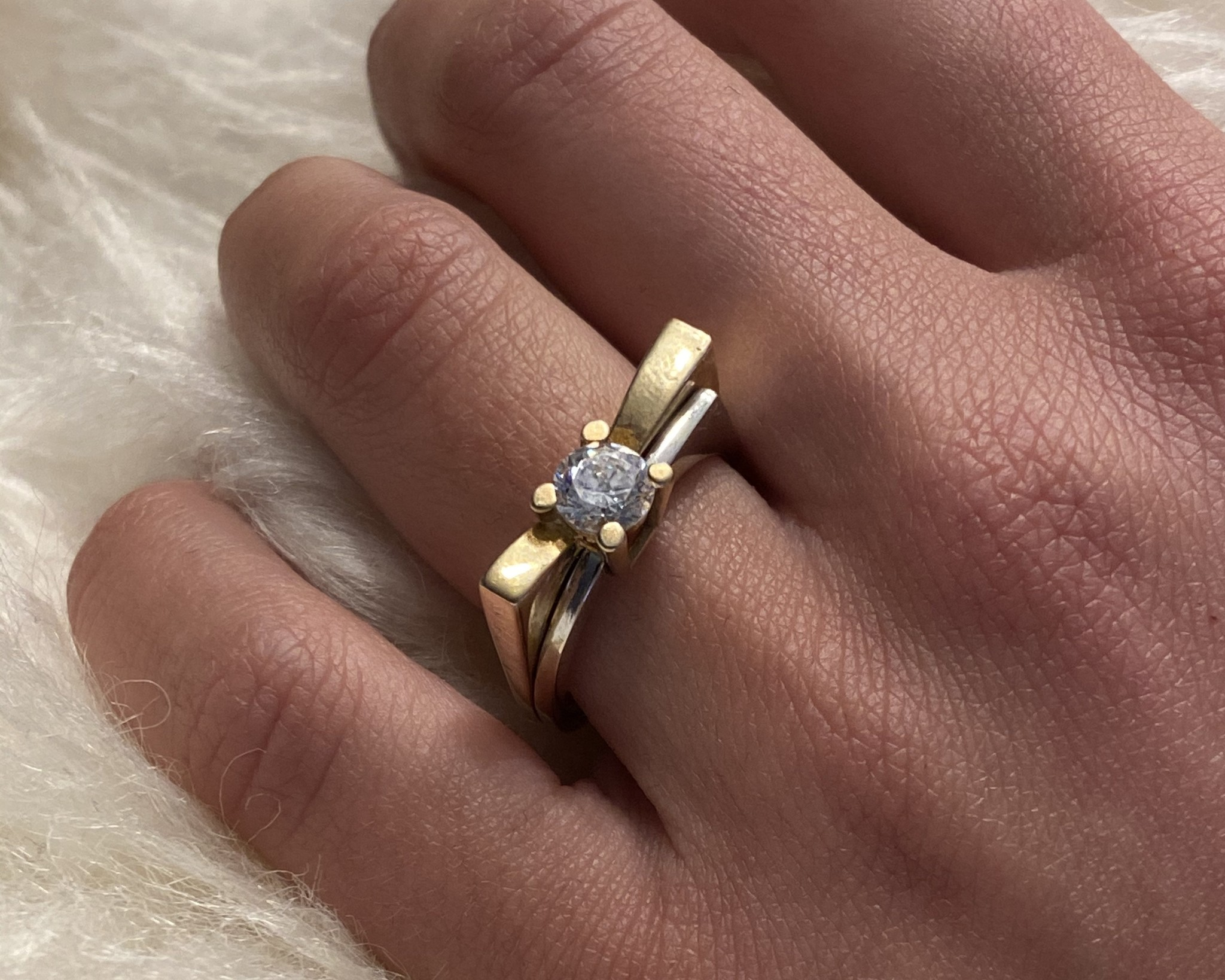 Ring bicolor met grote steen-2