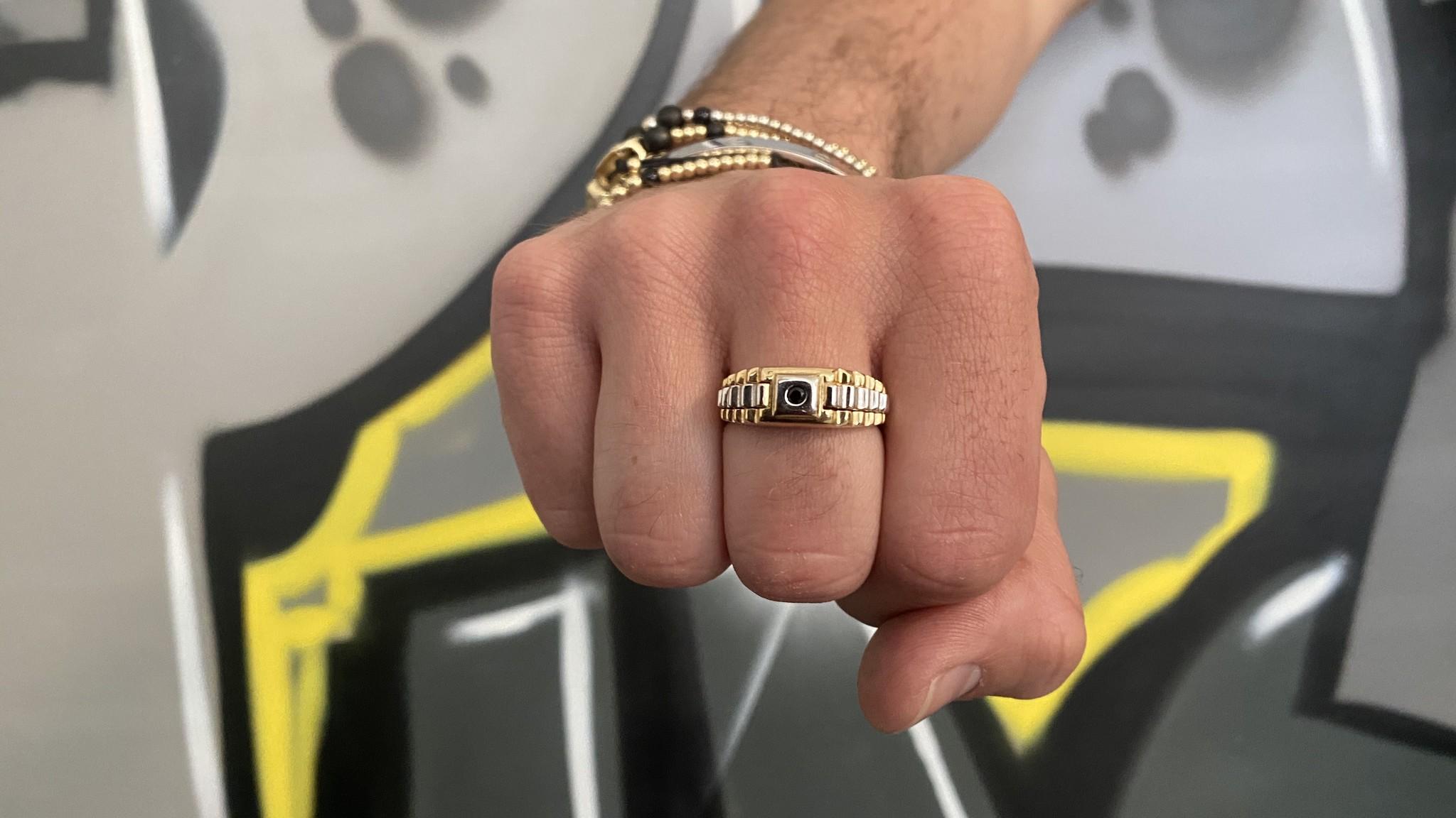 Ring zegel  wit- en geelgoud met zwarte punt-2
