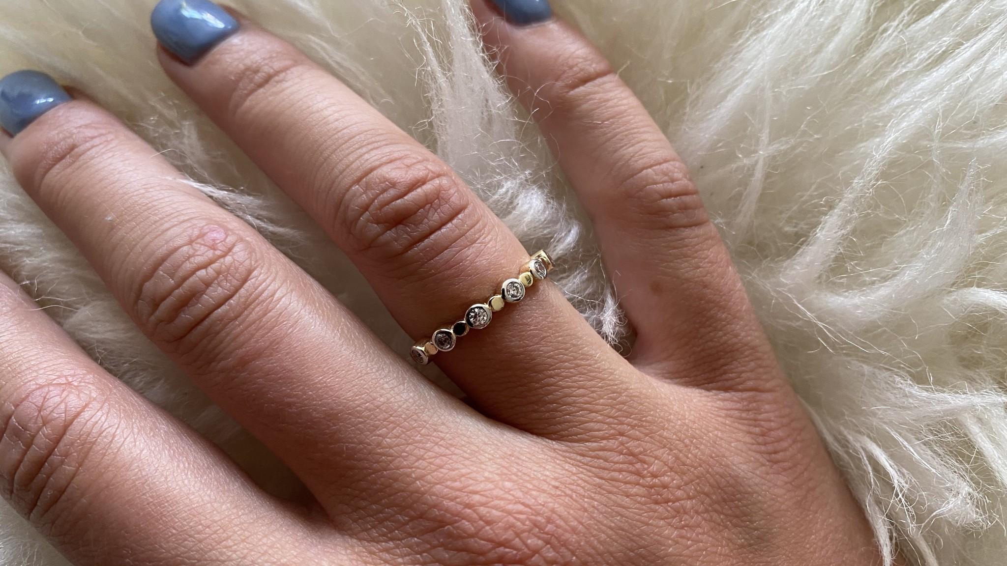 Ring met zirkonia's in rondjes bicolor-4