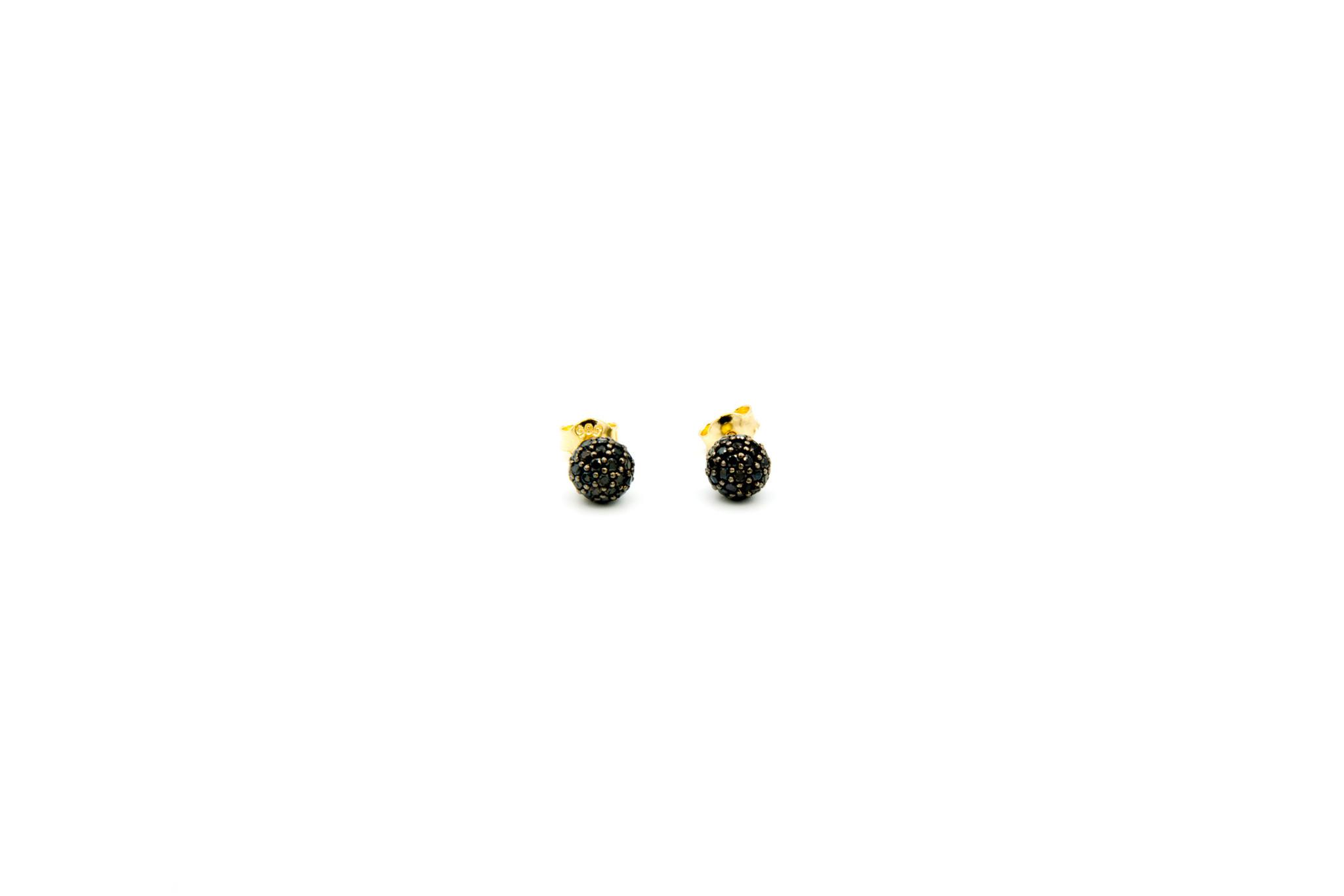 Oorbellen stekers met zwarte zirkonia's-1