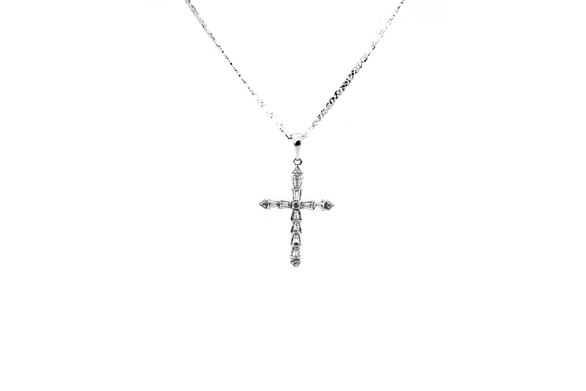 Hanger kruisje witgoud met diamantjes bicolor-1