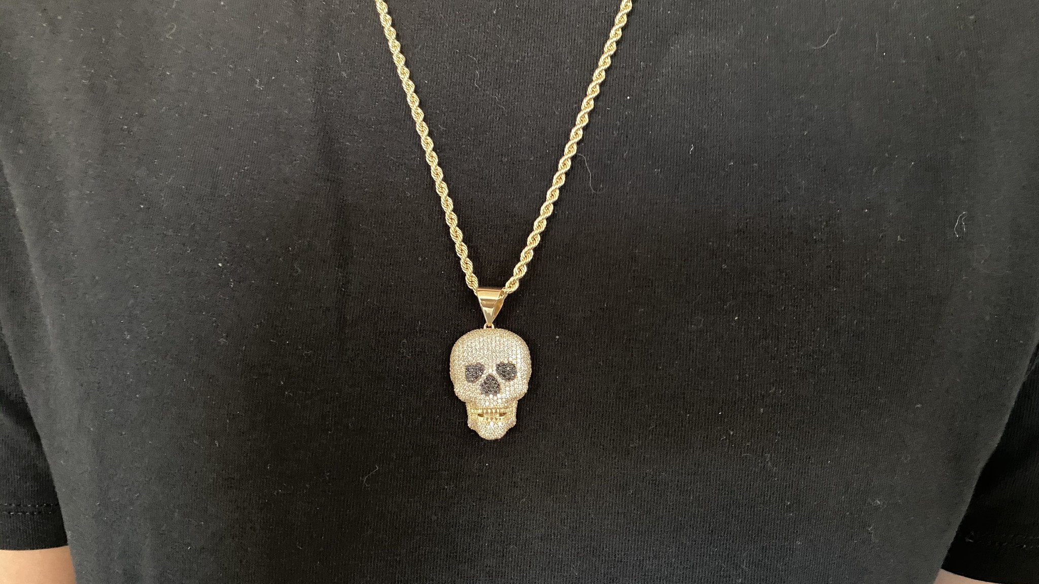Hanger skull met witte en zwarte zirkonia's-5