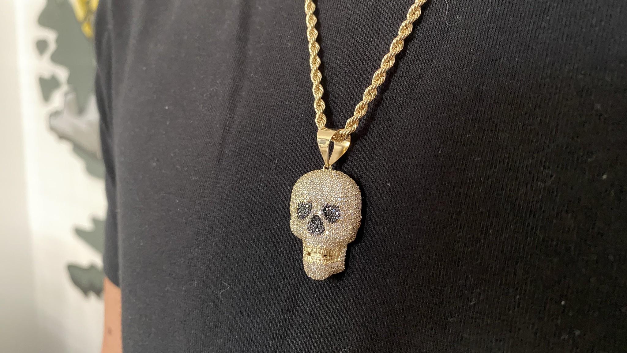 Hanger skull met witte en zwarte zirkonia's-6