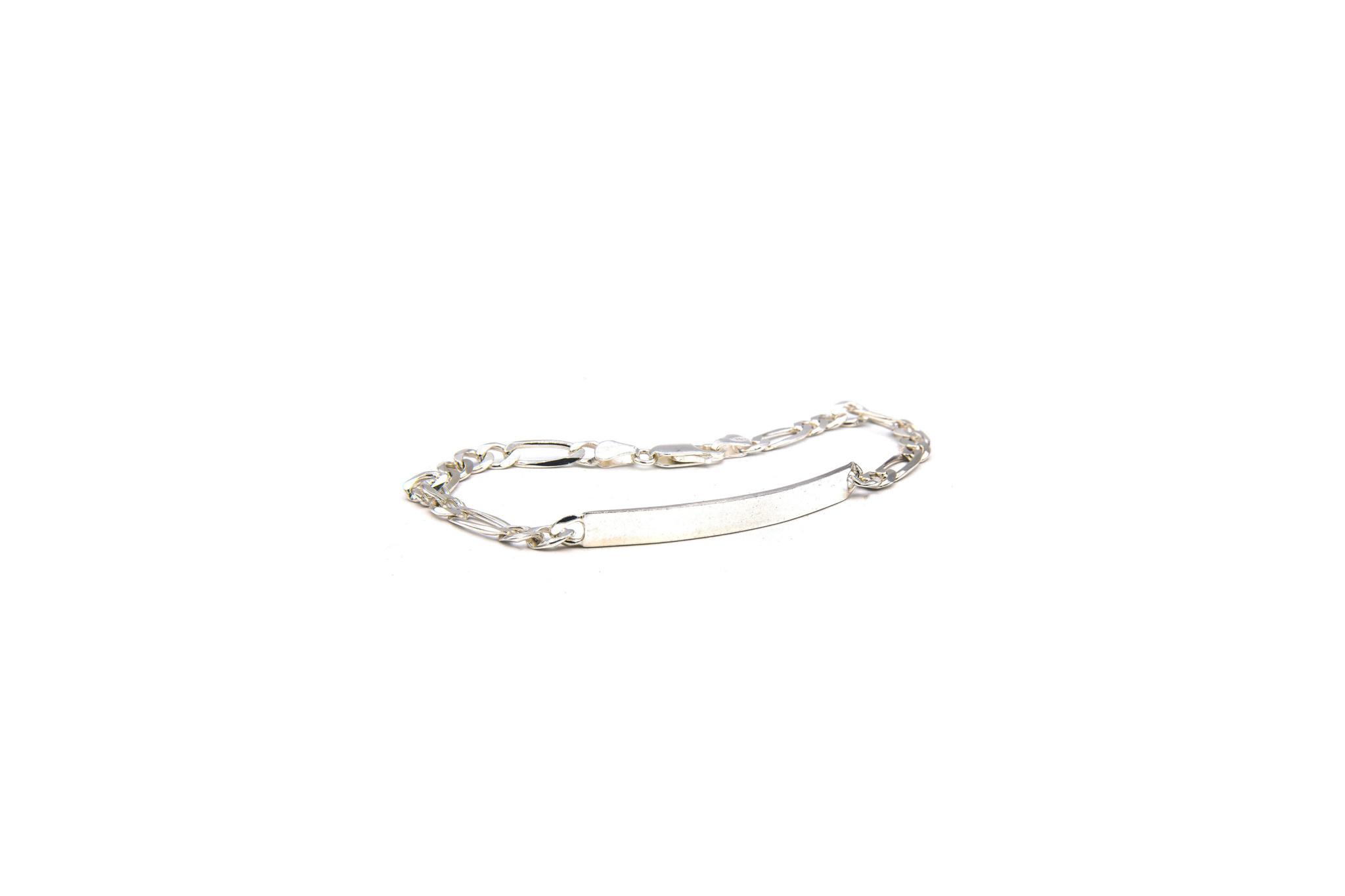 Armband figaroschakel met graveerbaar plaatje zilver-1
