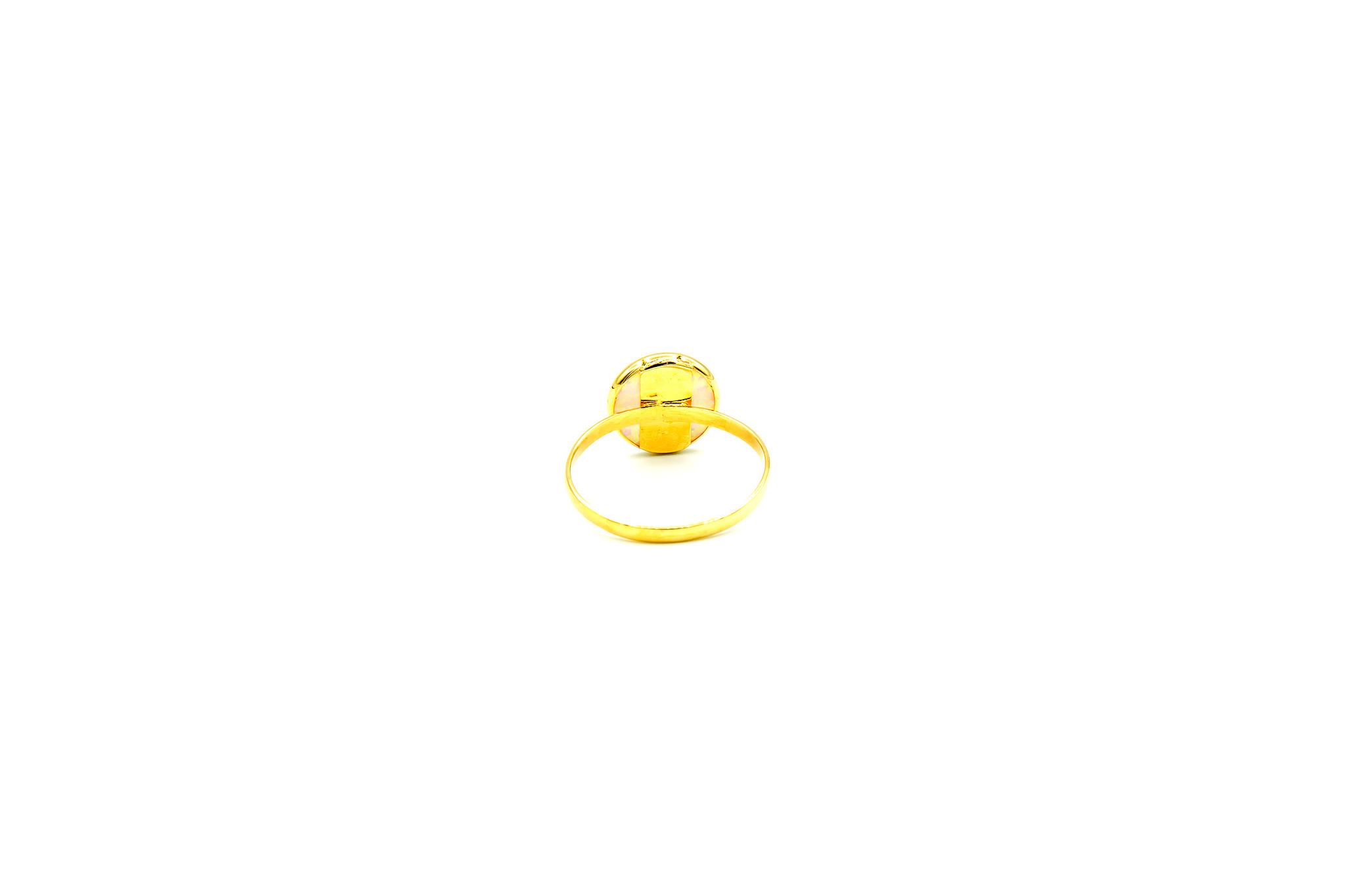 Ring met ronde witte Gilson opaal 9mm-4