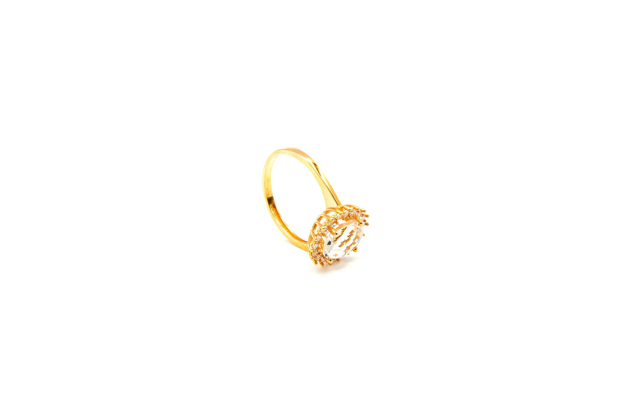 Ring solitair met rand van zirkonia's rondom-5