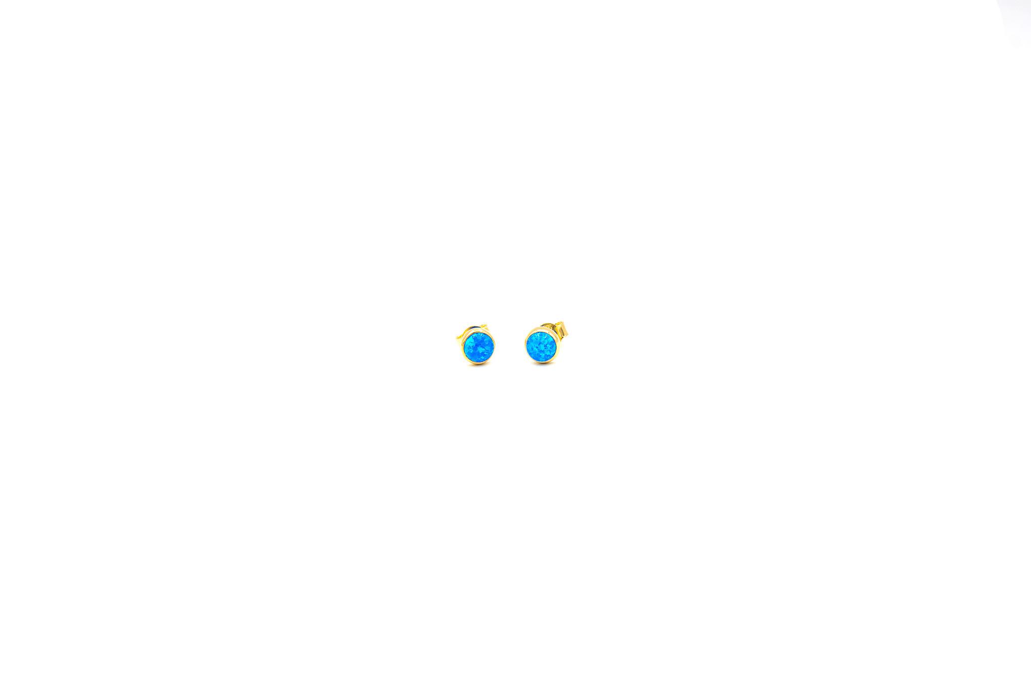 Oorbellen stekers met blauwe Gilson opaal-1