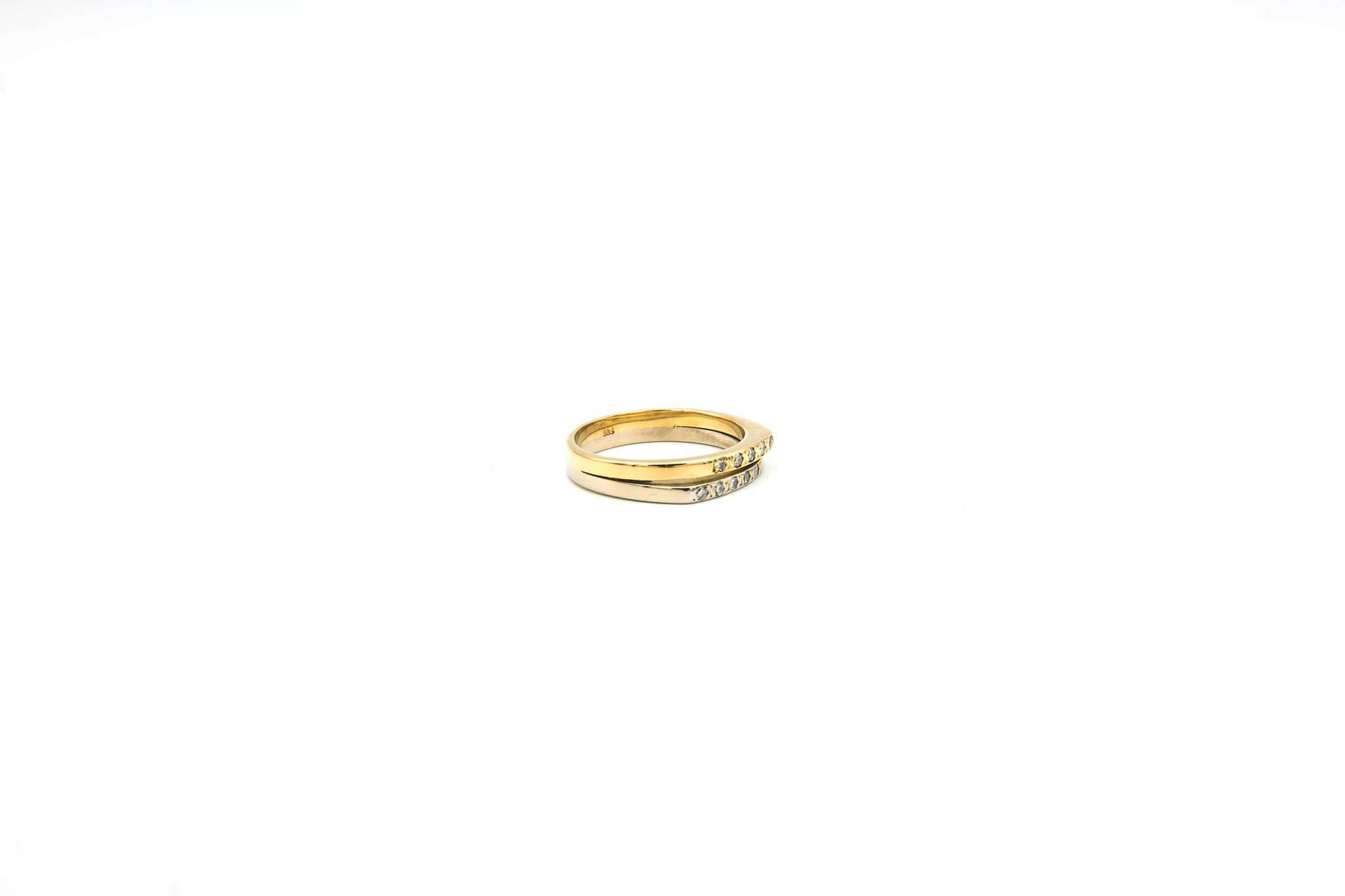 Ring 2 smalle rijen met diamantjes bicolor-3