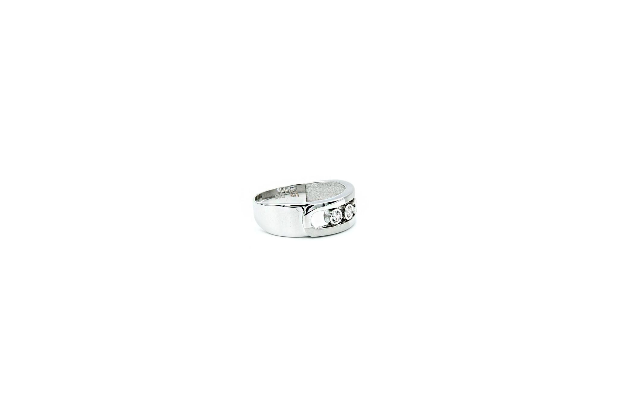 Ring witgoud met 3 schuifbare zirkonia's-4