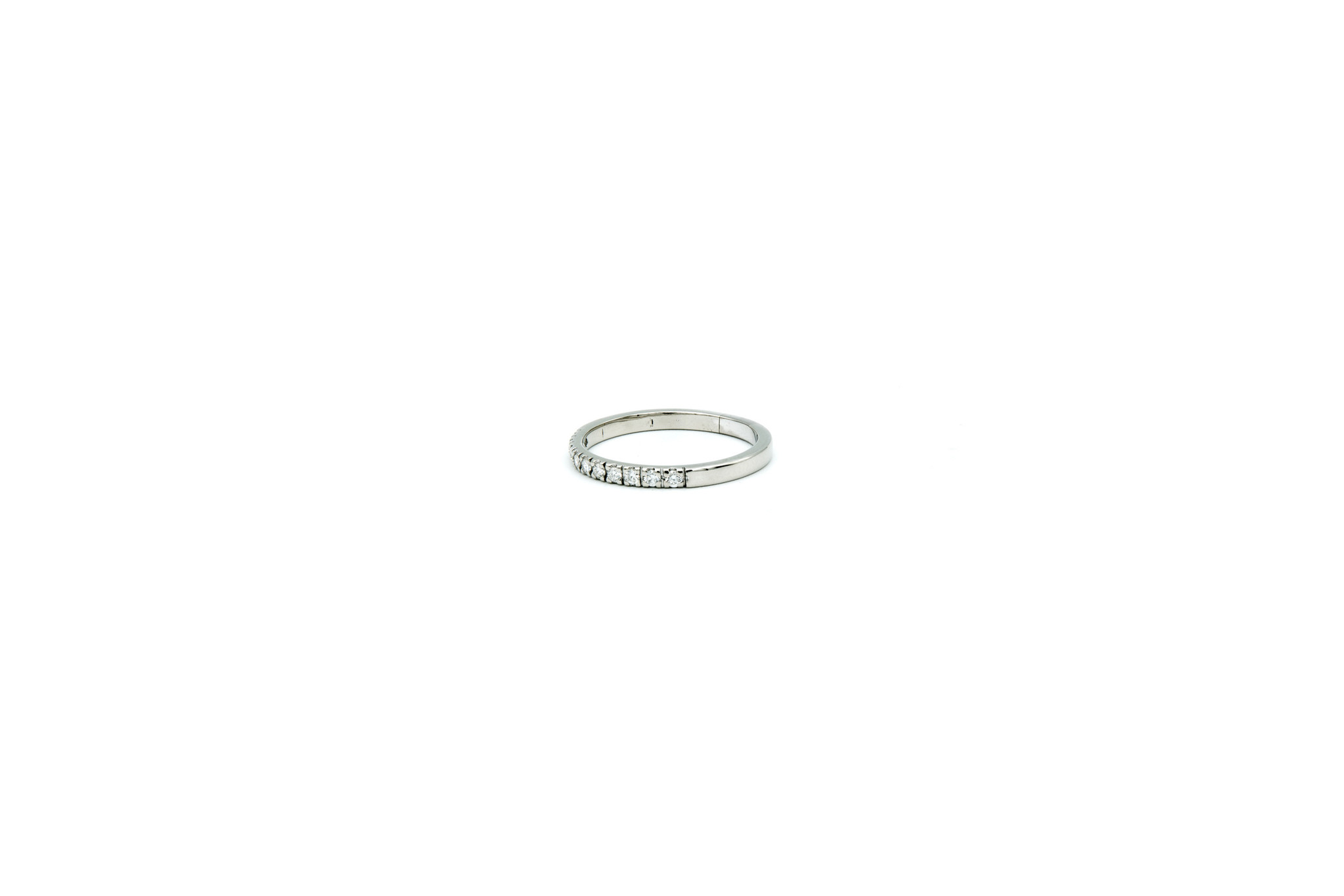 Ring smal met diamantjes-2
