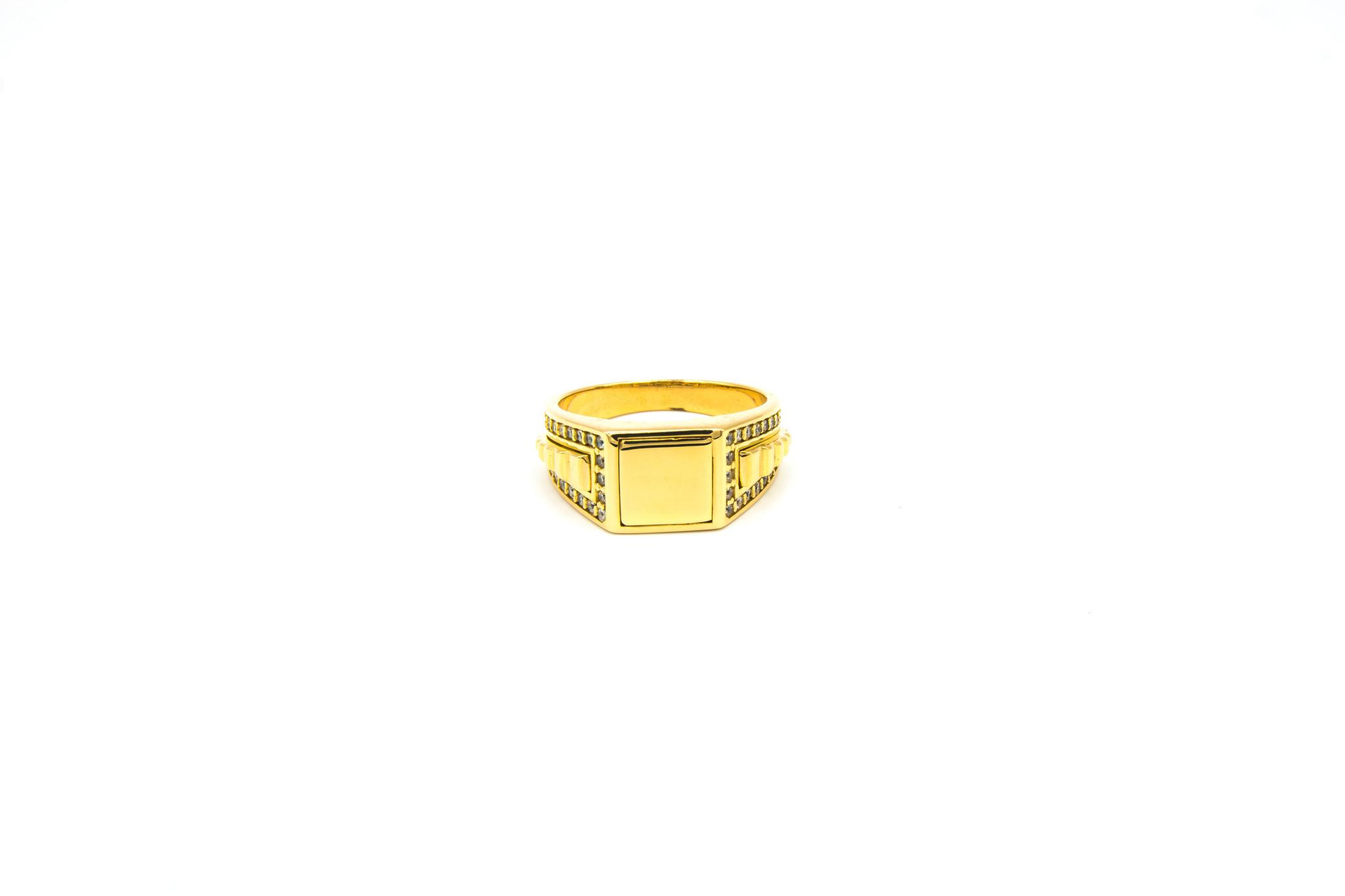 Ring gladde vierkante zegel, bewerkte band en zirkonia's-1