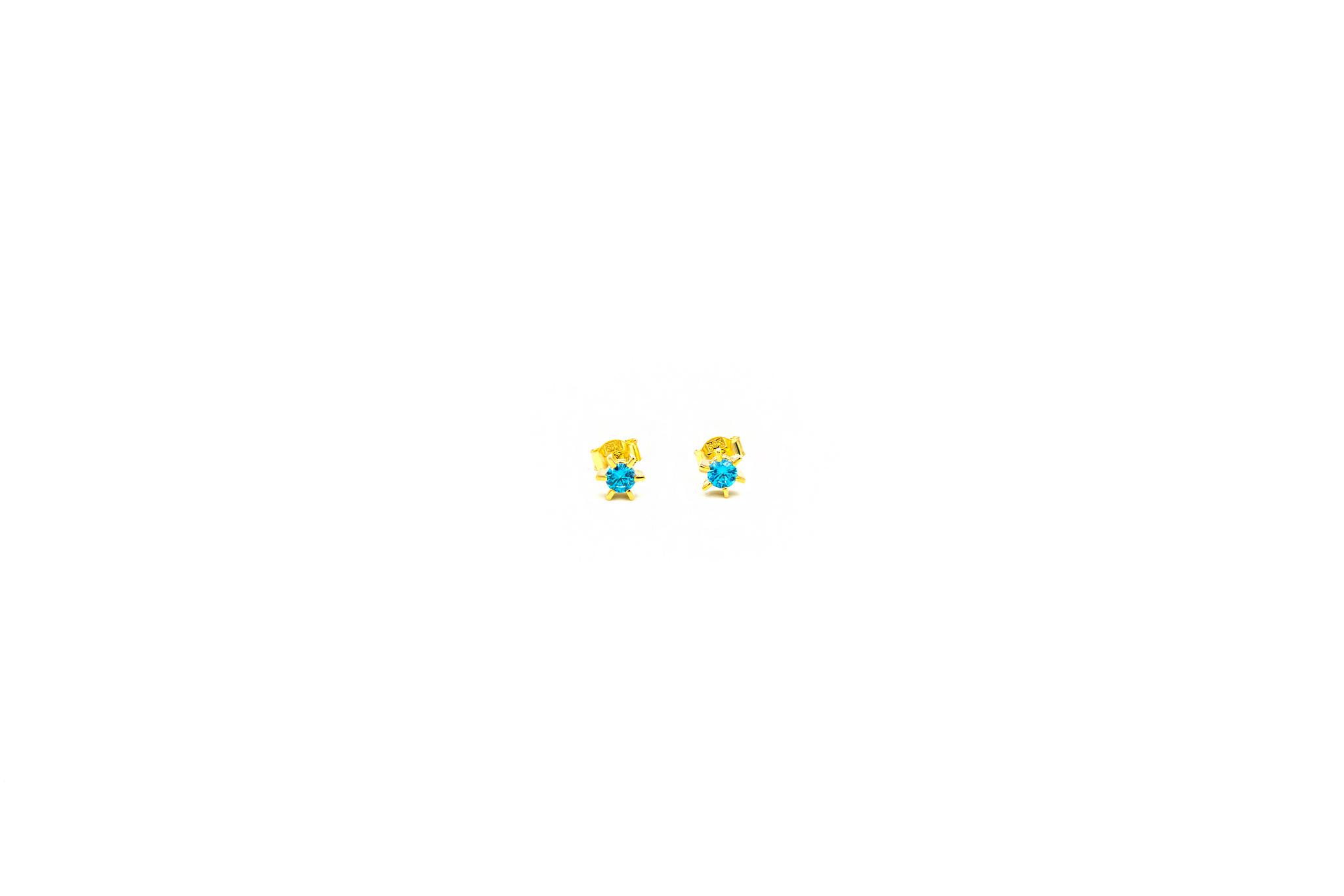 Oorbellen solitair bezet met blauwe zirkonia-1