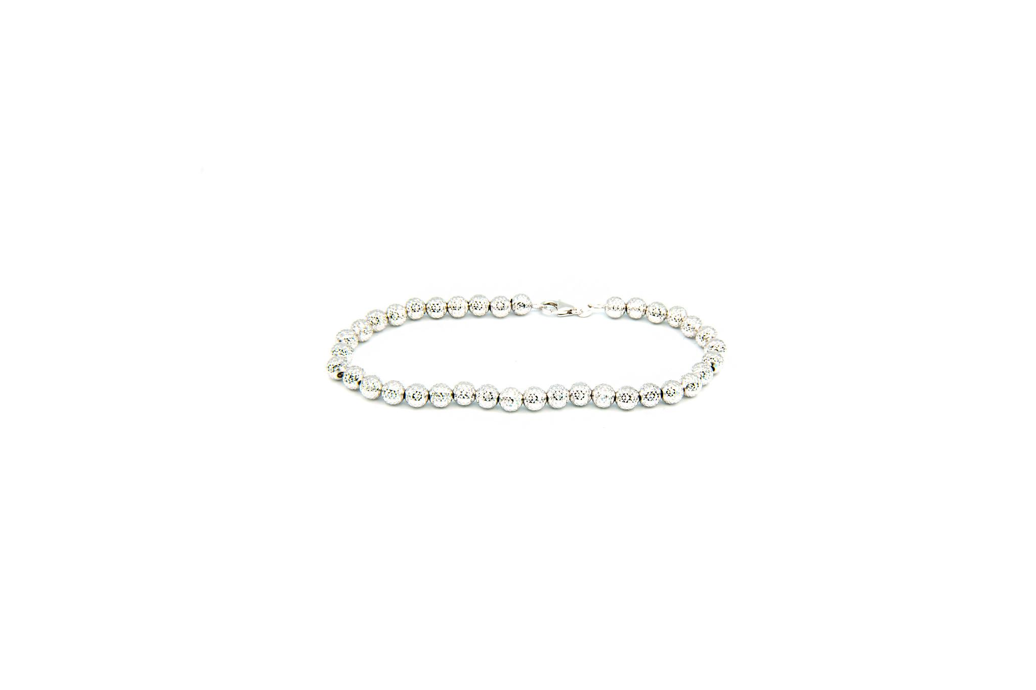 Armband met gediamanteerde grote bolletjes-1