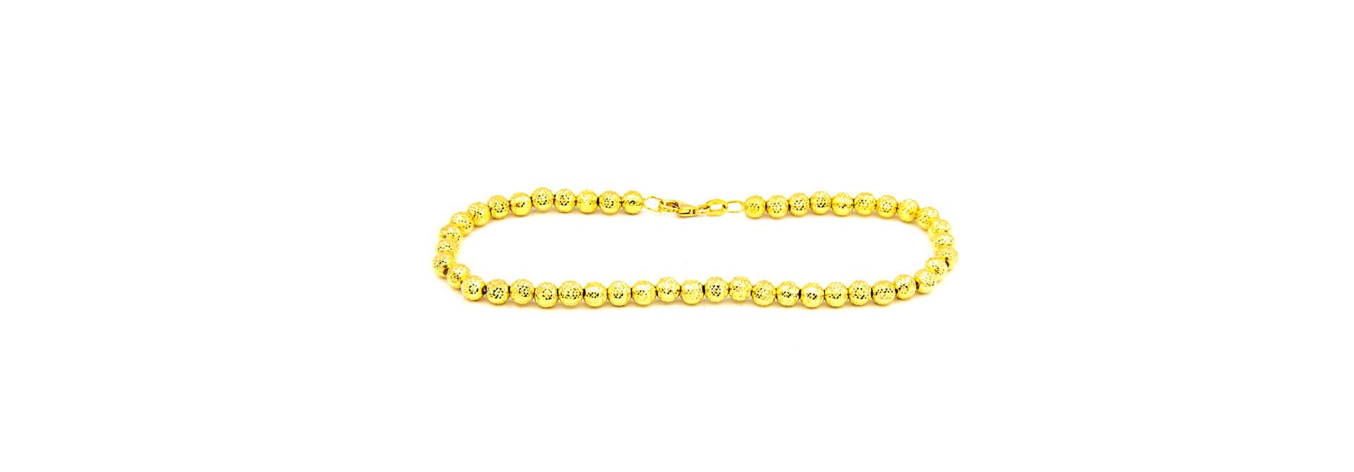 Armband met gediamanteerde kleine bolletjes