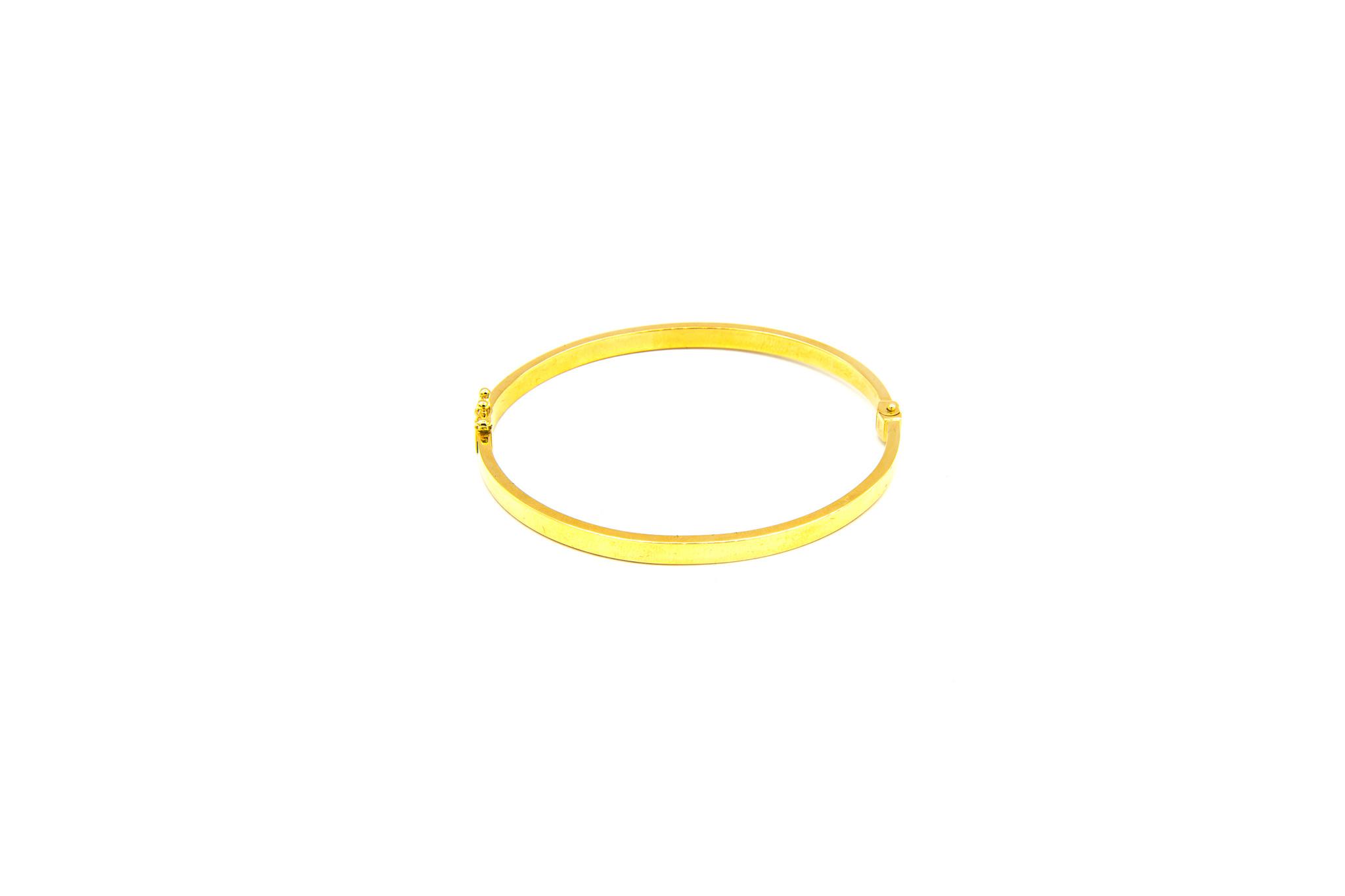 Armband vast gescherpte afwerking-1