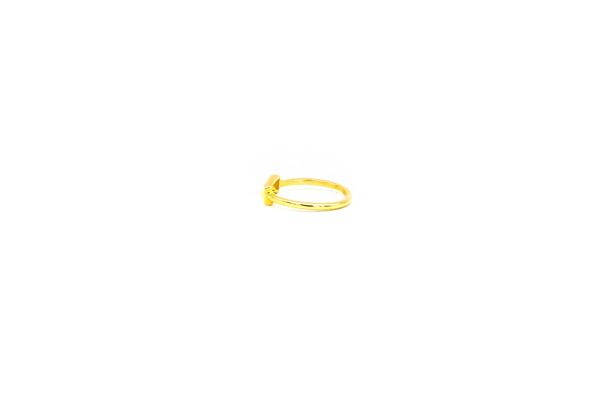 Ring arrow-3