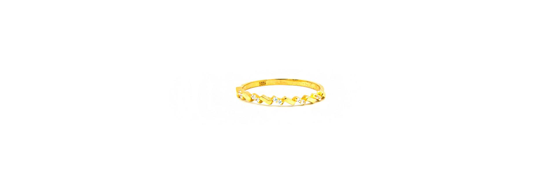 Ring aanschuif bezet met zirkonia's