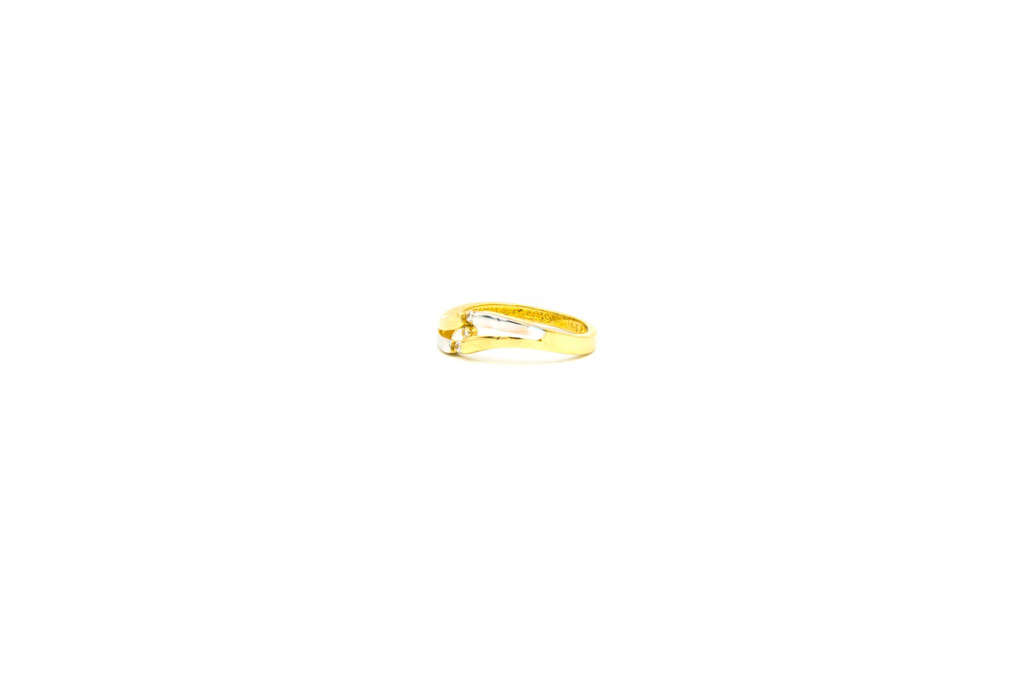 Ring slag bezet met 3 zirkonia's, bicolor-2