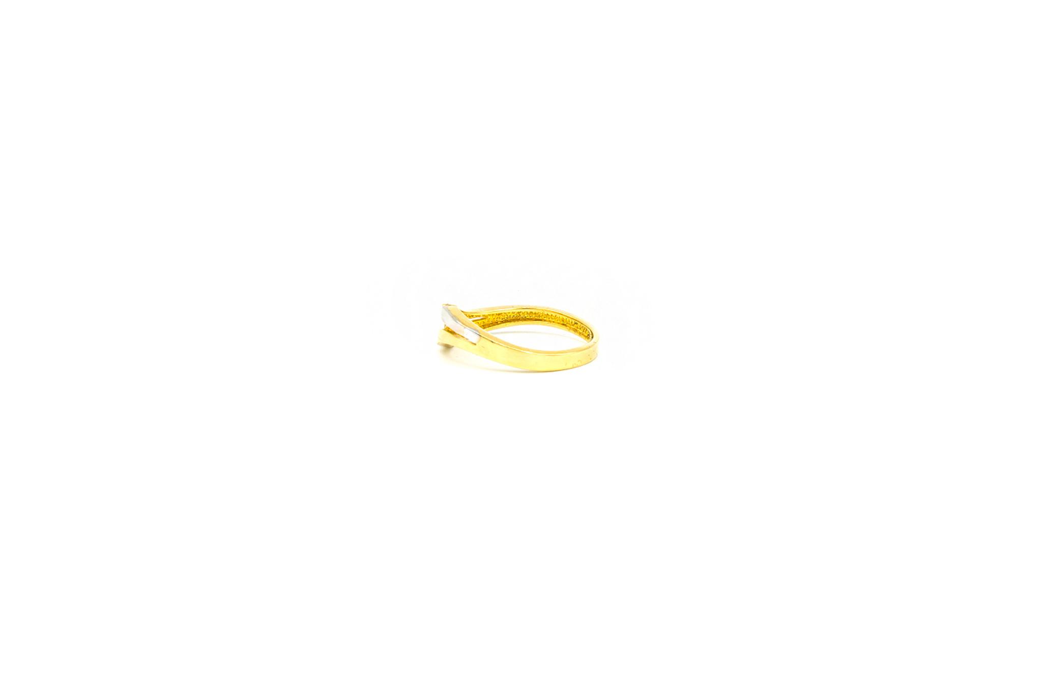 Ring slag bezet met 3 zirkonia's, bicolor-3