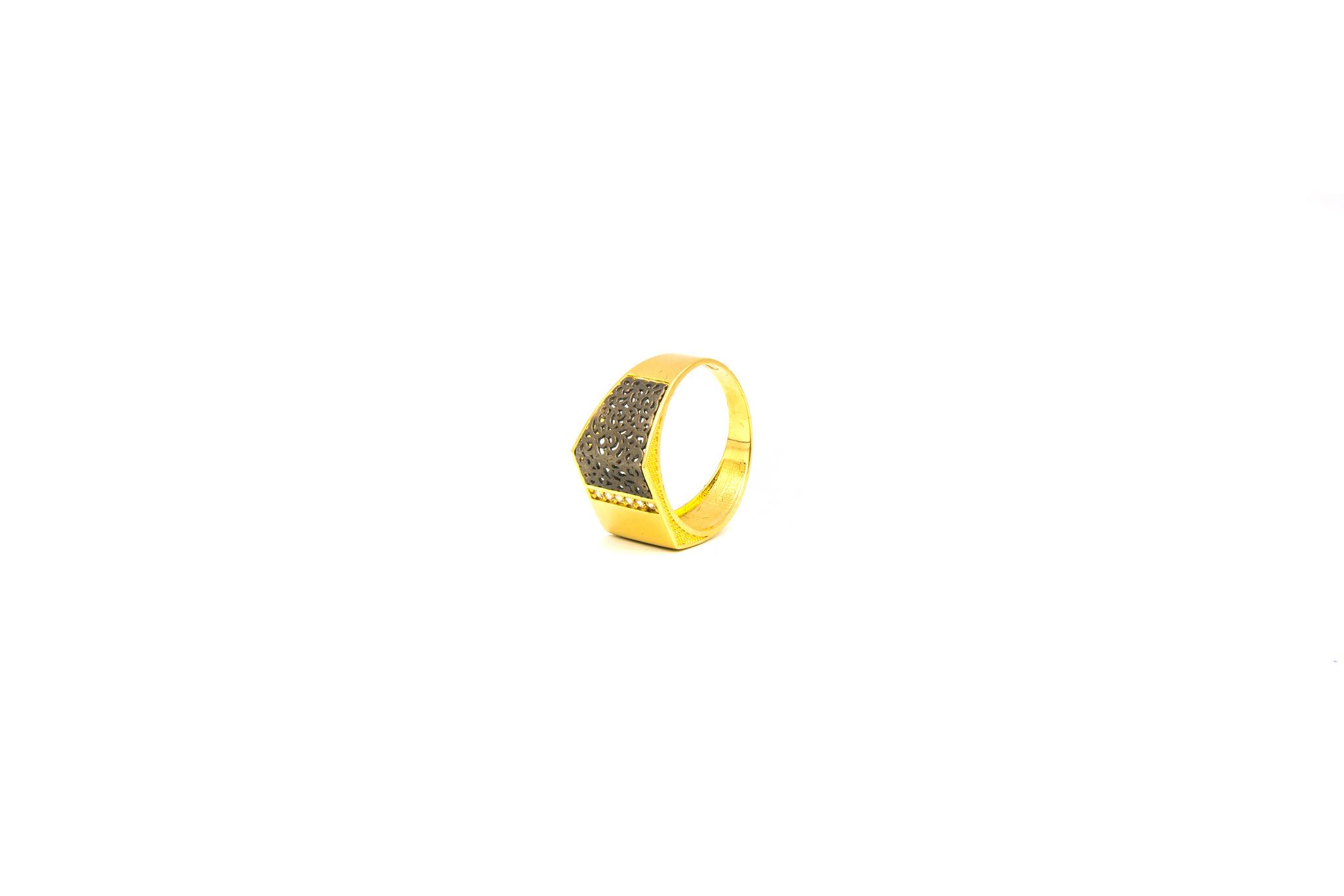 Ring zegel bezet met zirkonia en zwart gerhodineerde ajour-6