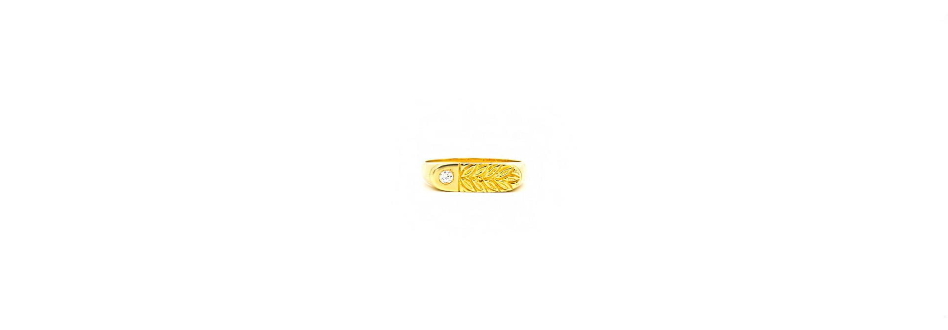 Ring zegel bezet met zirkonia en gegraveerde bladeren