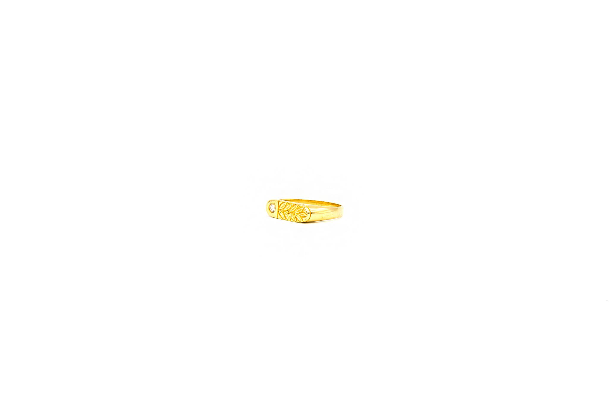 Ring zegel bezet met zirkonia en gegraveerde bladeren-2
