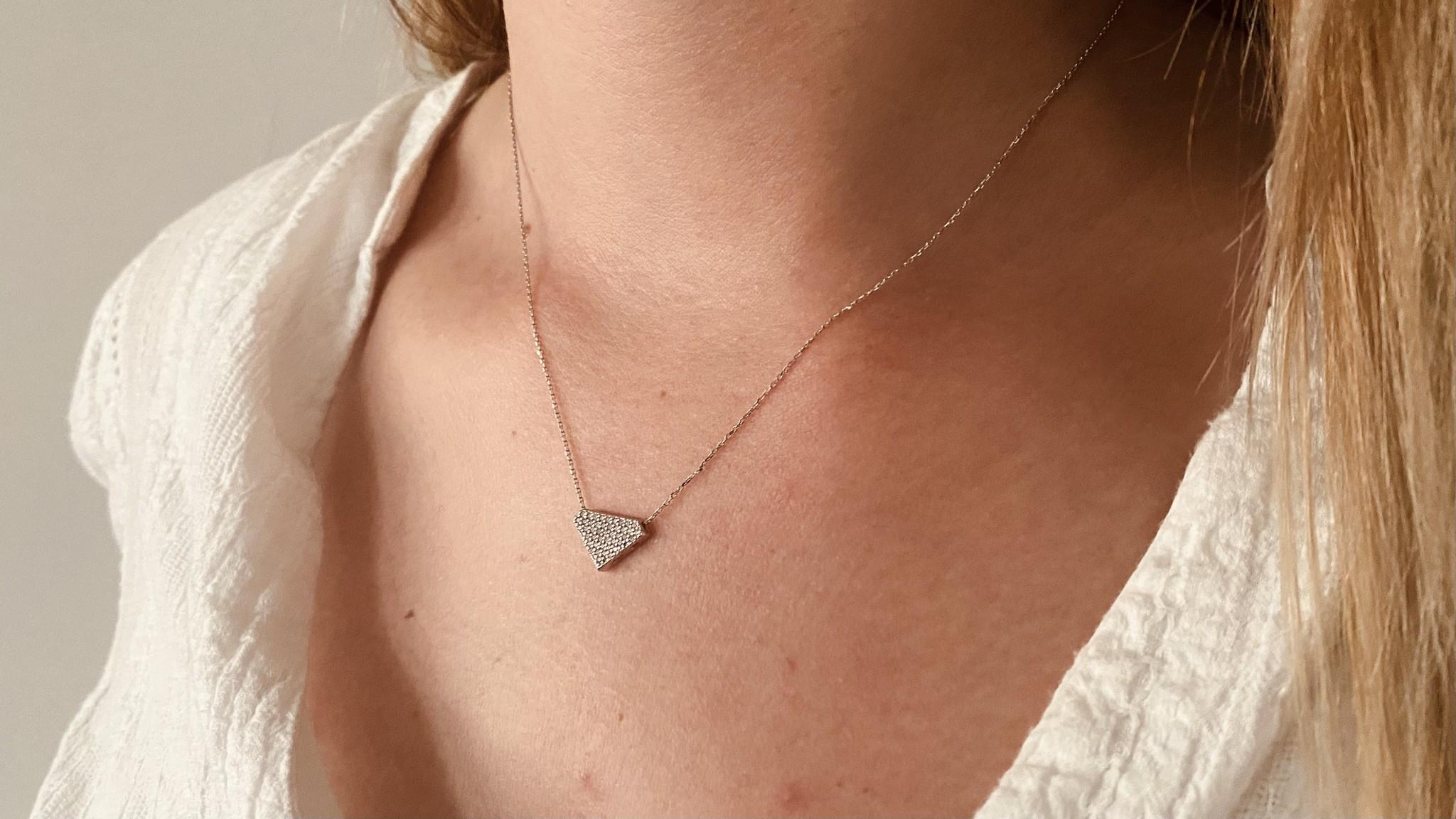 Ketting met vaste hanger diamantvorm witgoud-1