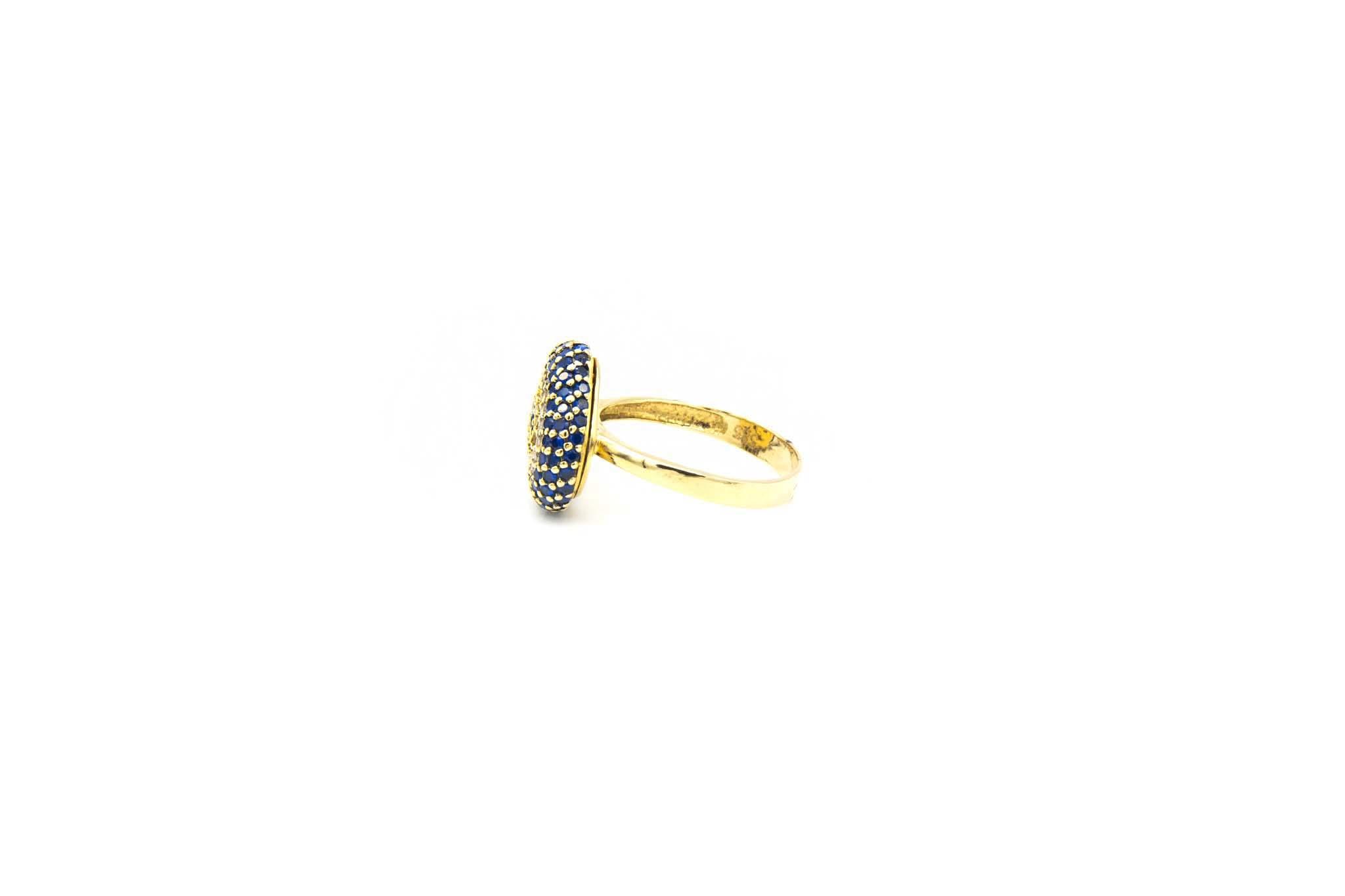 Ring met decoratie met drie kleuren zirkonia's-3