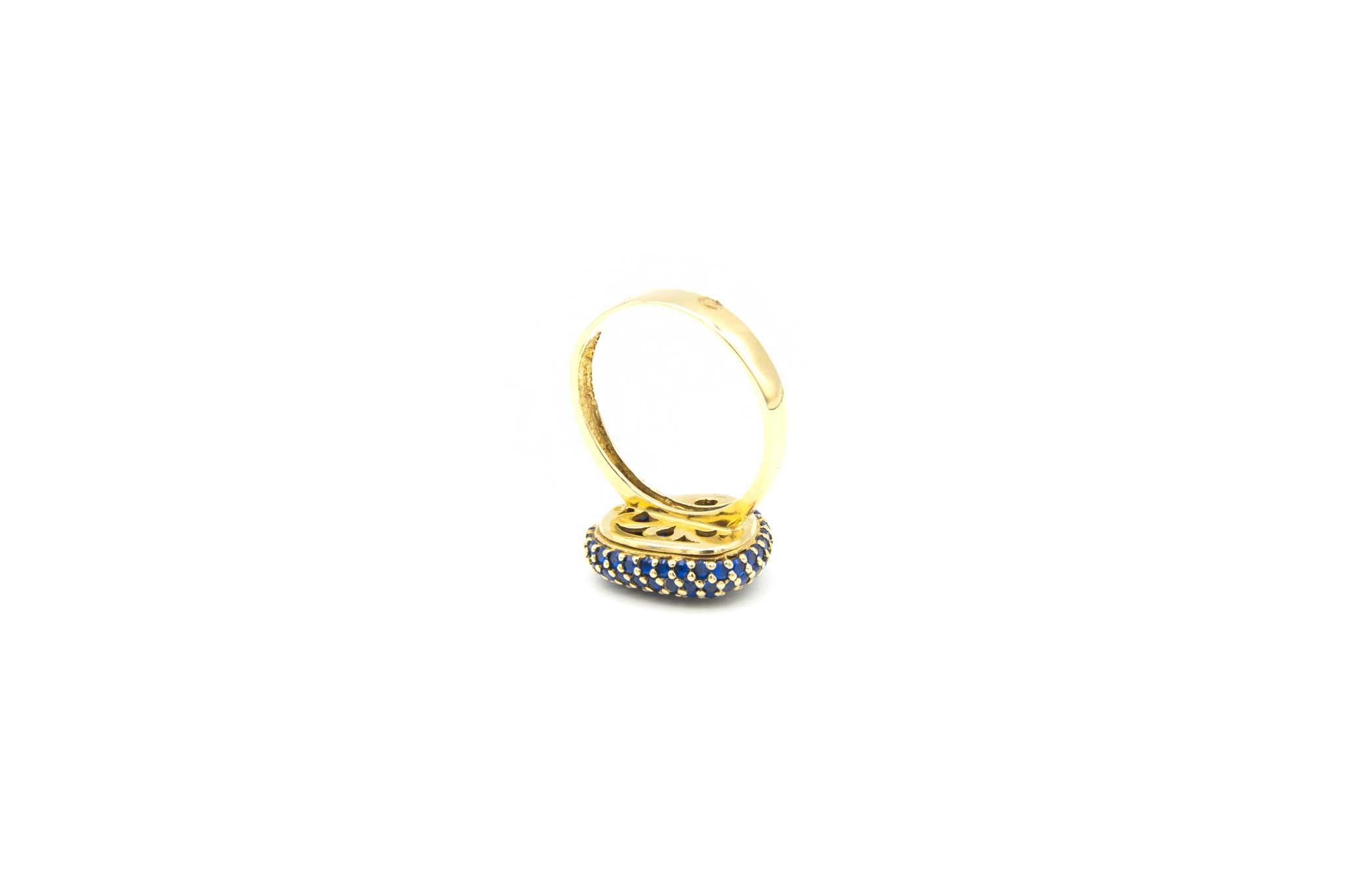 Ring met decoratie met drie kleuren zirkonia's-5