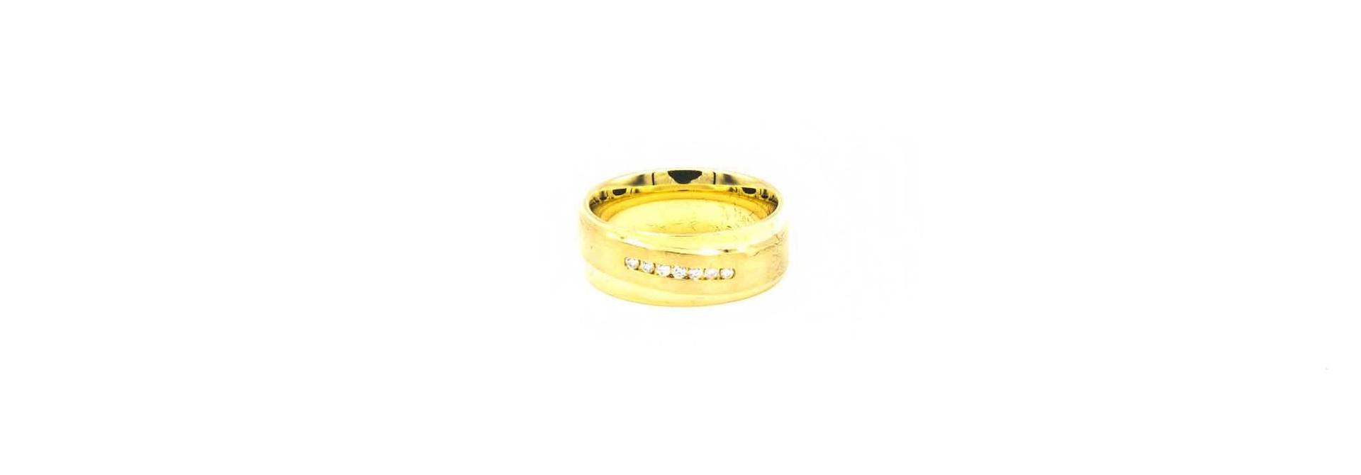 Ring glanzend met gematteerde band met diamantjes