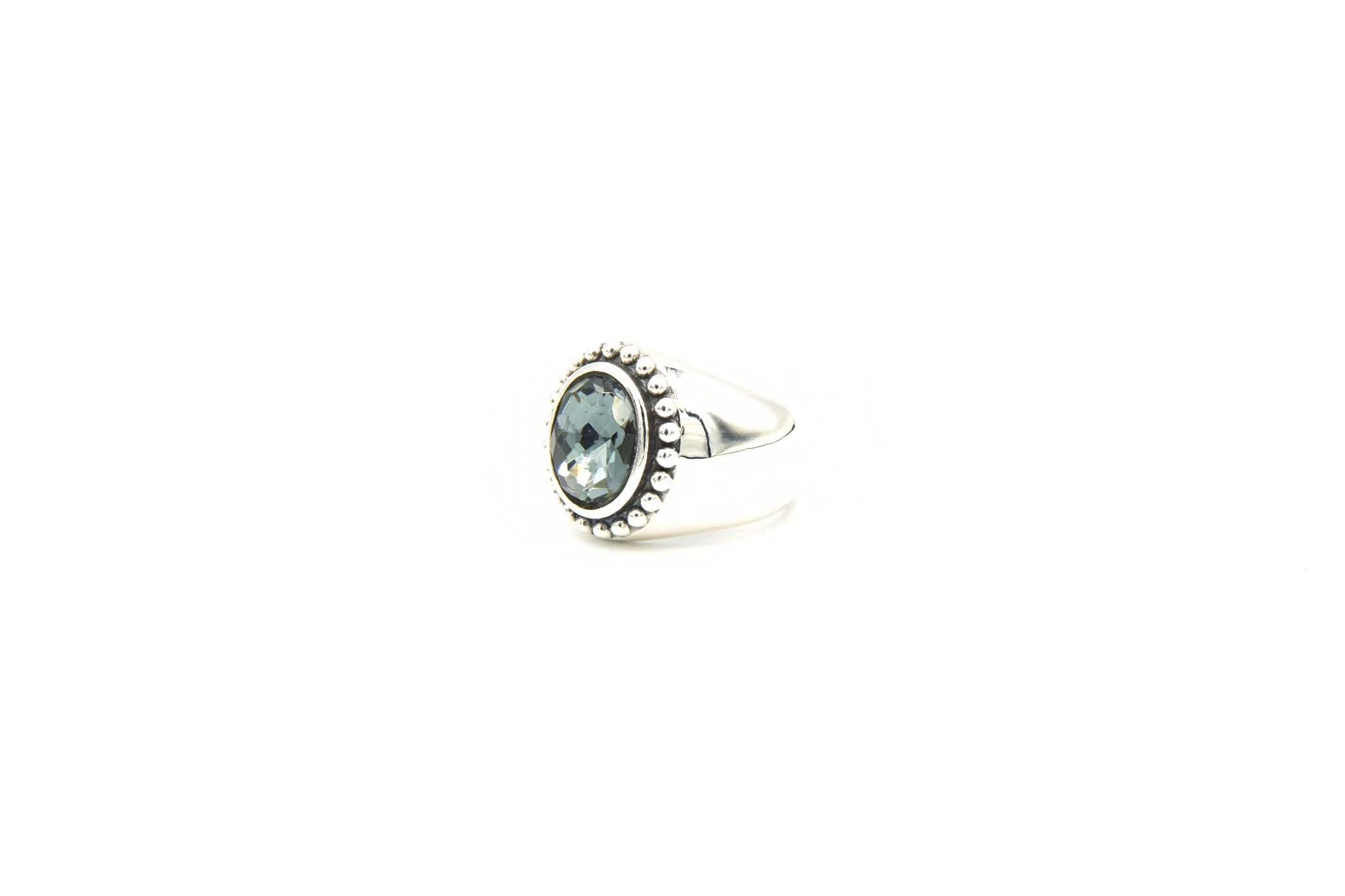 Ring met grijsblauwe steen-2
