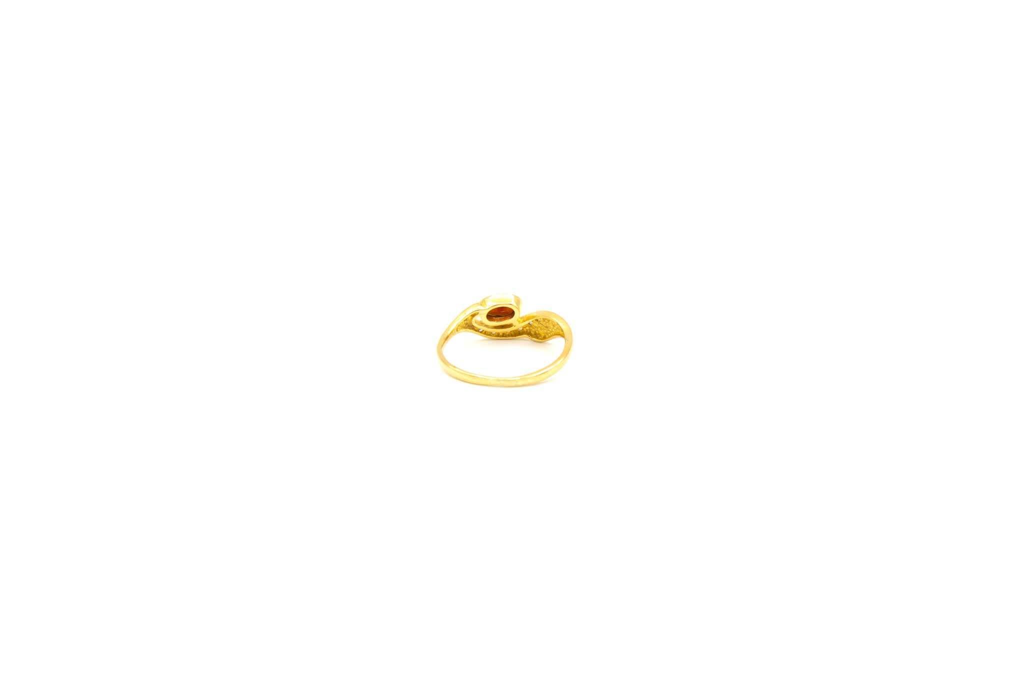 Ring met golf en witte en rode zirkonia's voor kind-4
