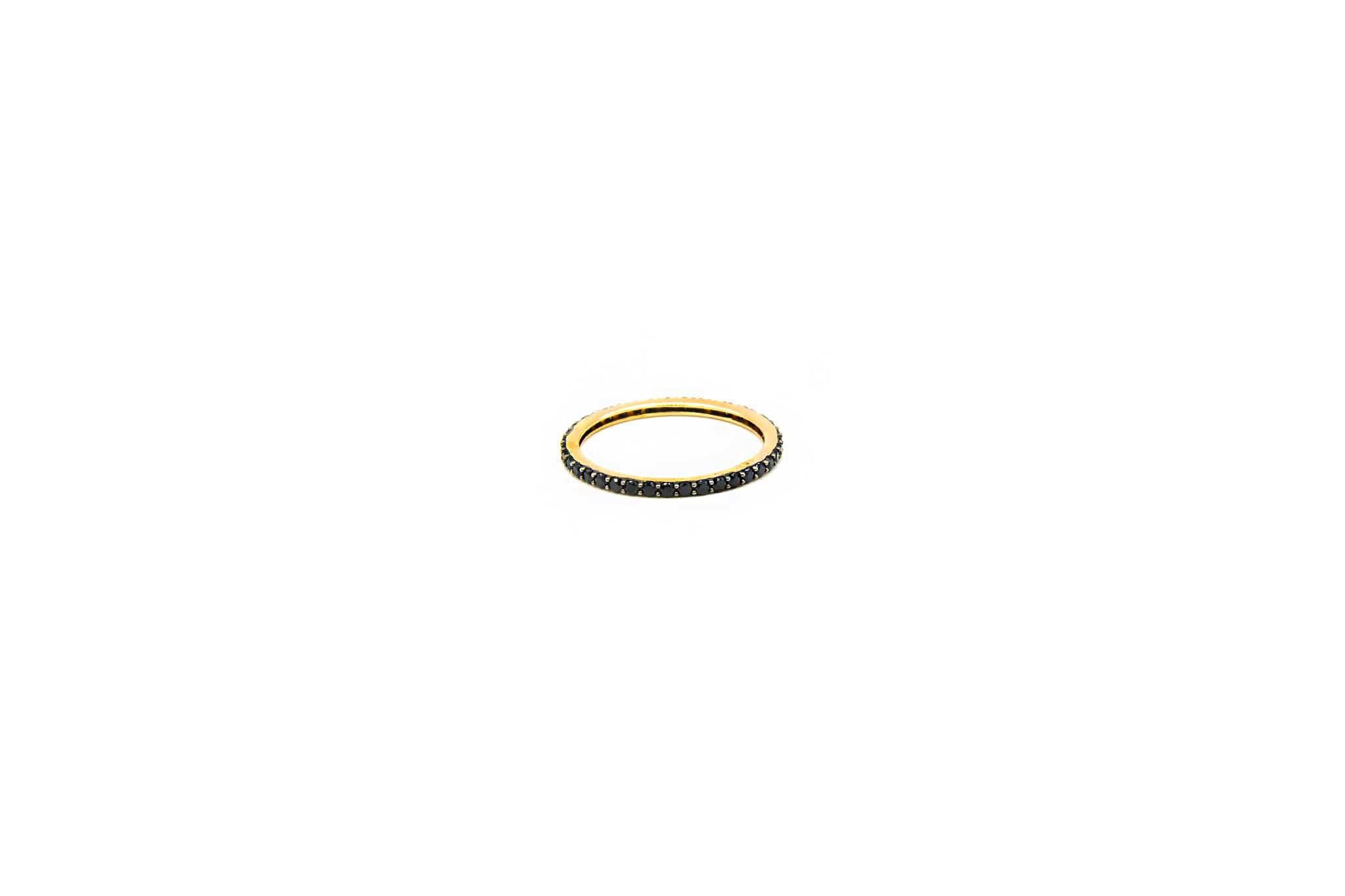 Ring volledig ingelegd met zwarte zirkonia's-2