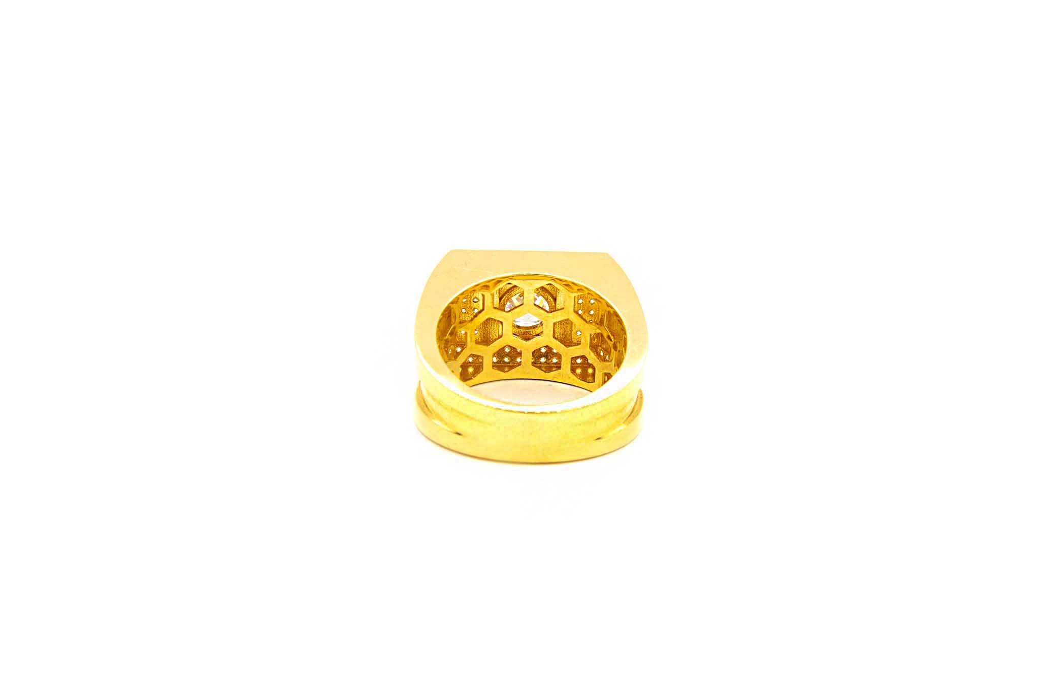 Ring zegel met grote en kleine zirkonia's-4