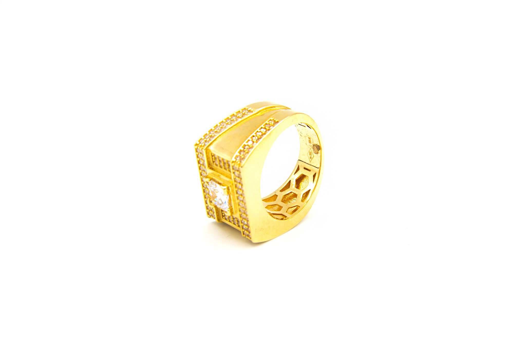 Ring zegel met grote en kleine zirkonia's-5