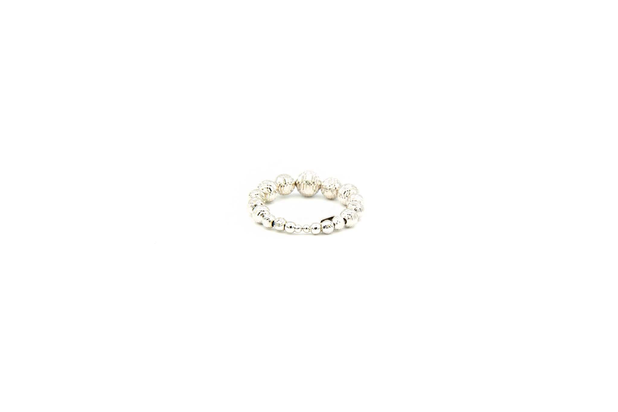 Ring witgoud met diamond cut balletjes-3